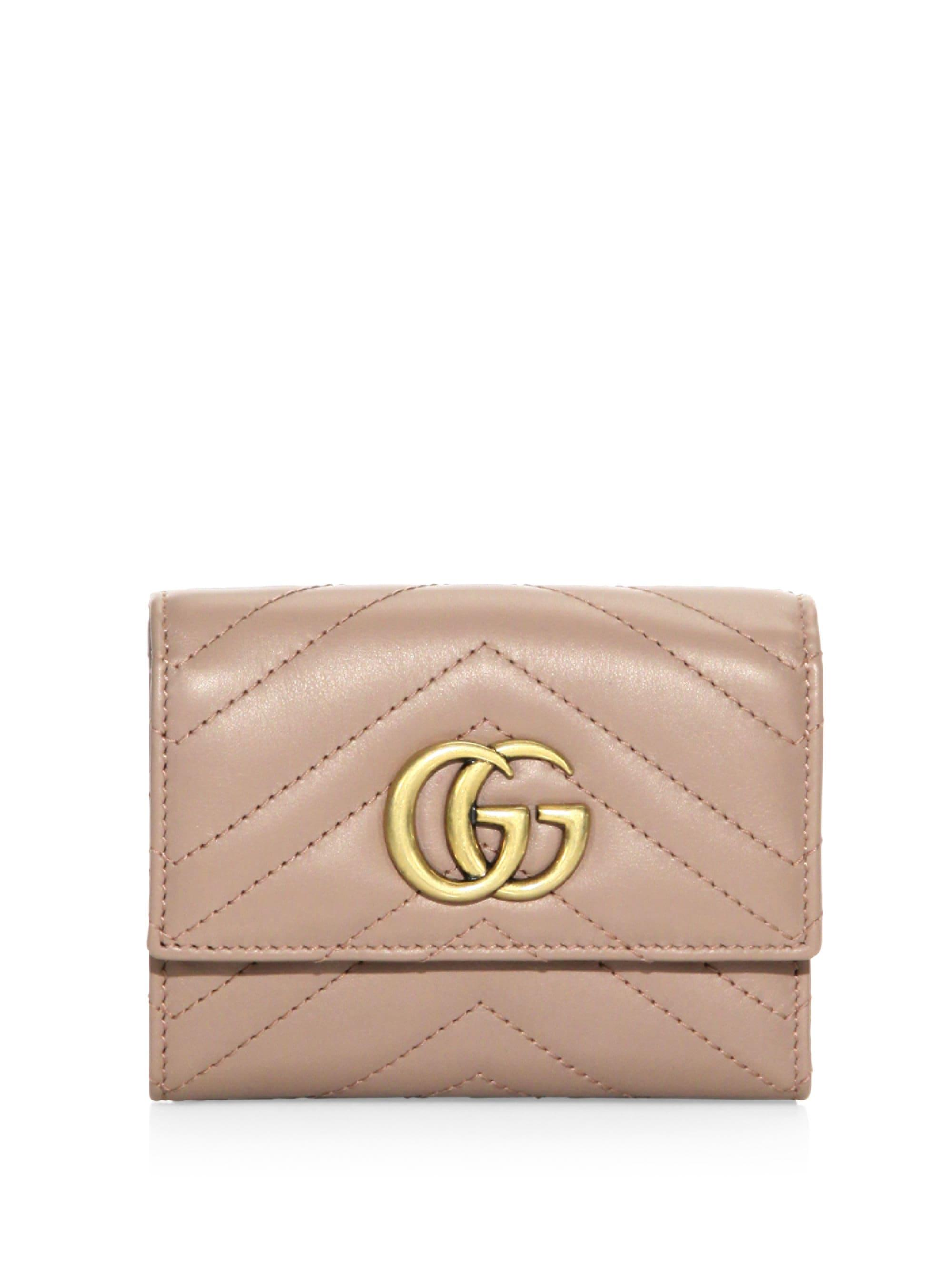 598cbee524a1 Lyst - Gucci Women's GG Marmont Matelassé Leather Wallet - Black in ...