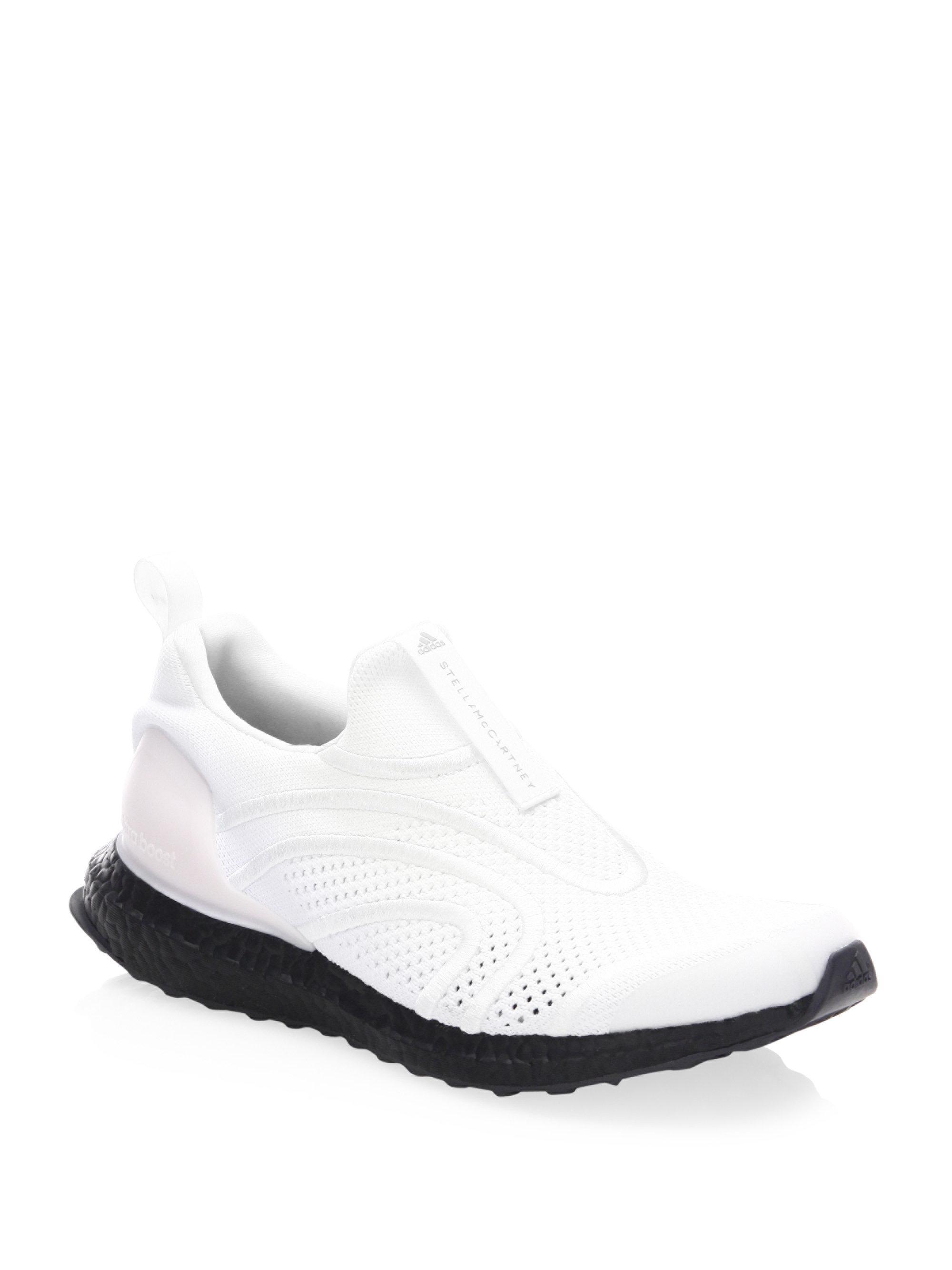 lyst adidas da stella mccartney ultraboost fece uscire le scarpe da ginnastica in bianco.