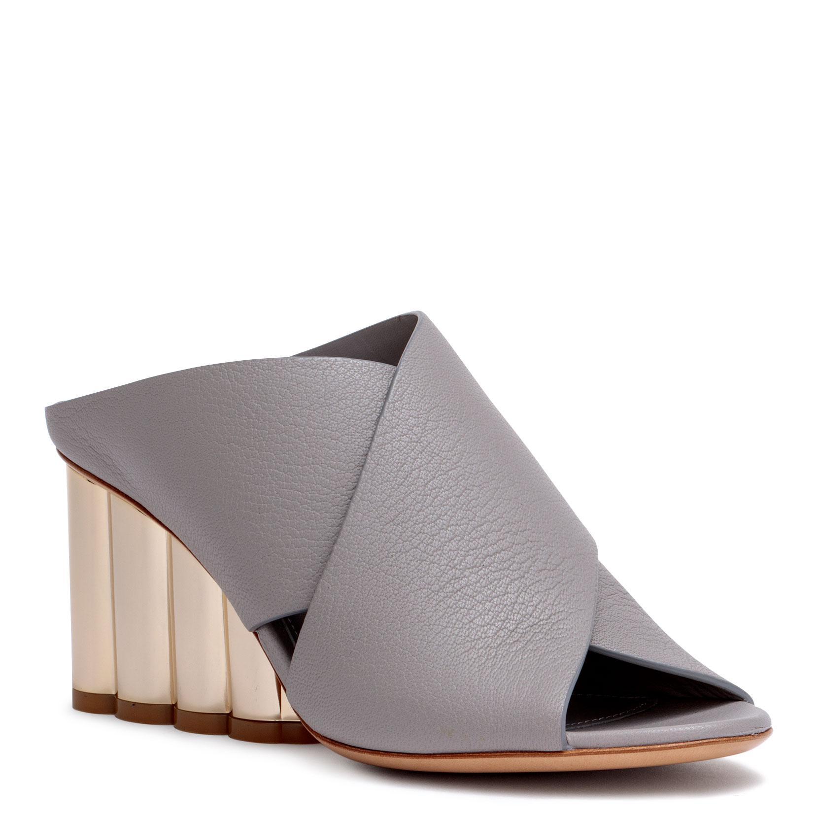 Lasa 70 grey leather sandals Salvatore Ferragamo 15TUm3n6H