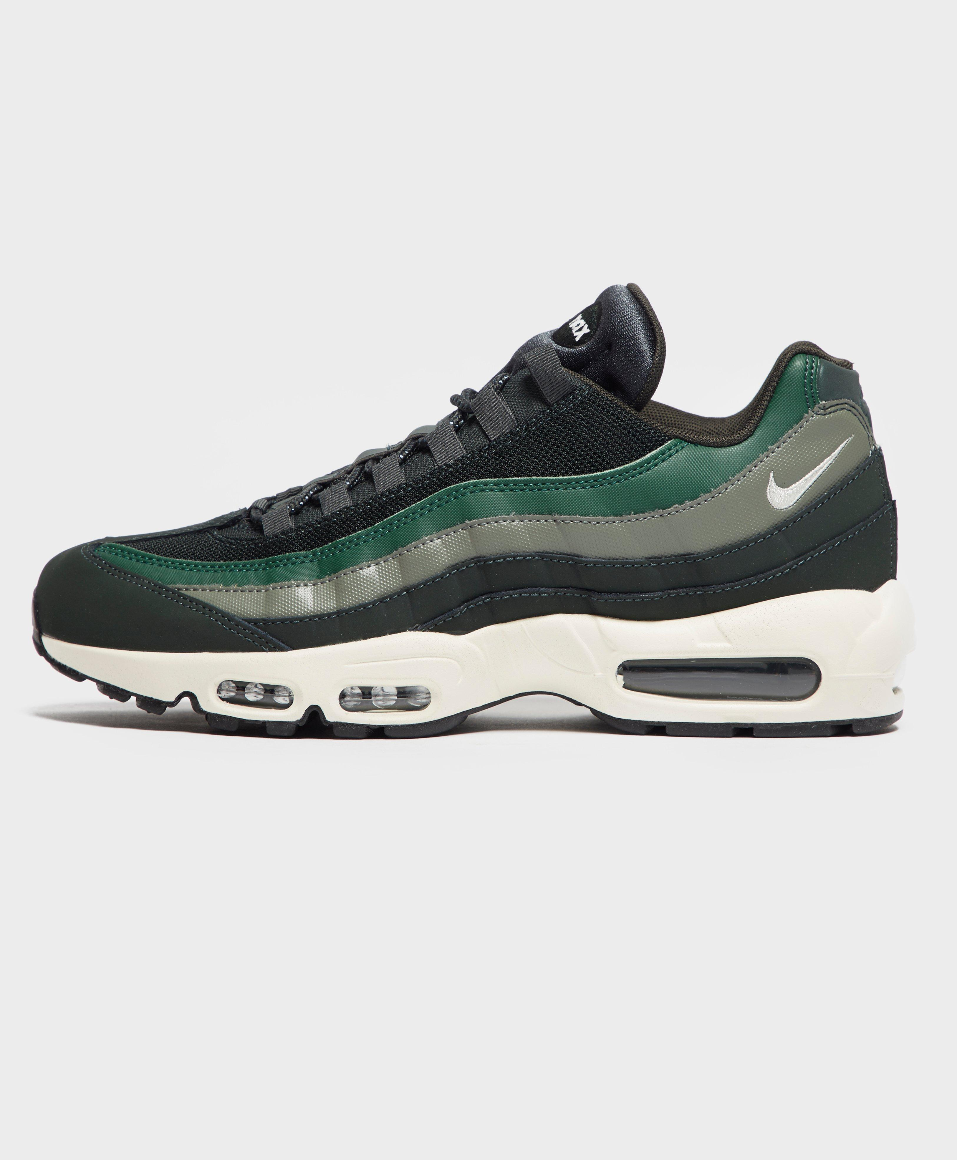 7d0a7d1172b Lyst - Nike Air Max 95 Essential for Men