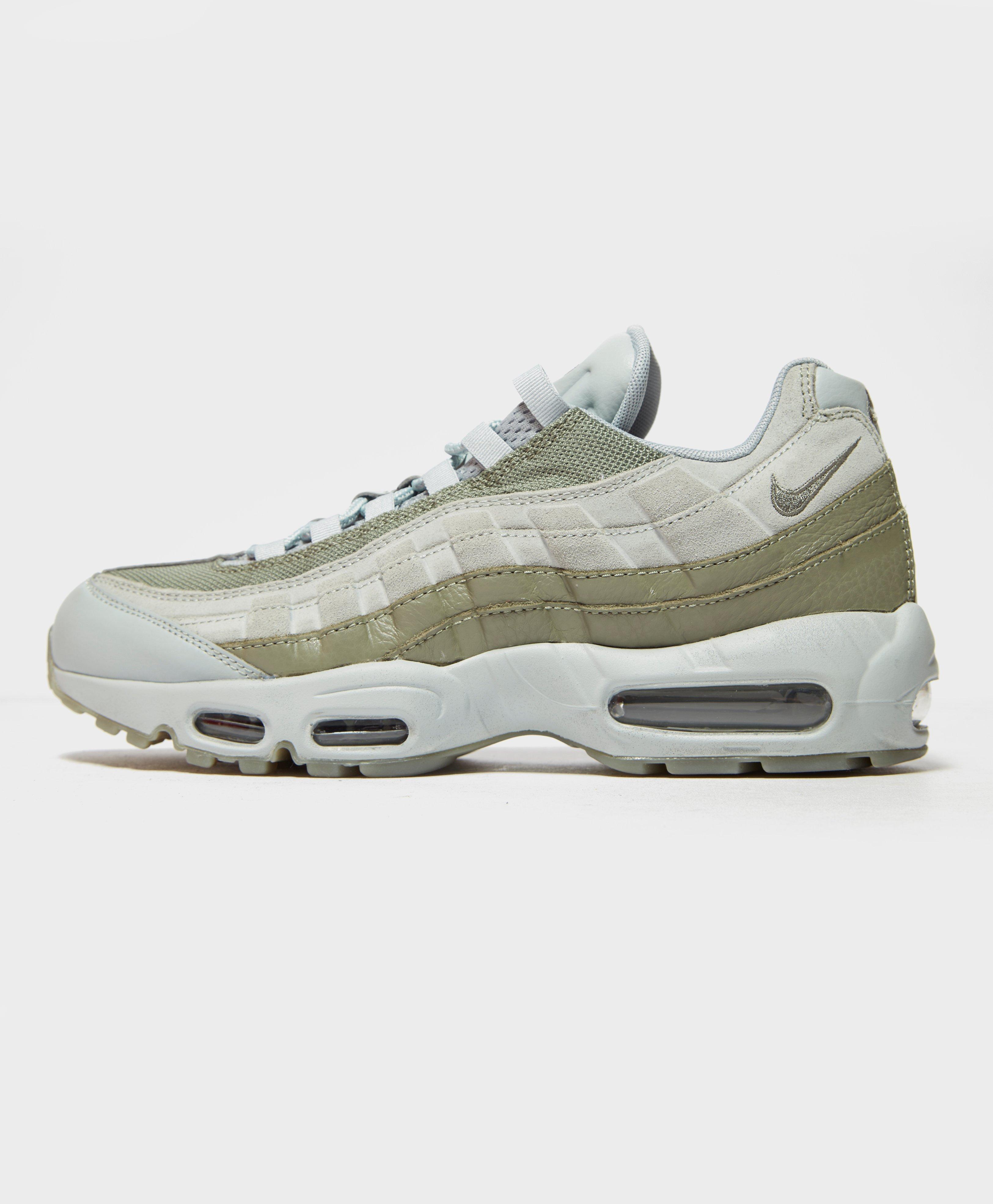 02fcf09845b5 Nike Air Max 95 Essential for Men - Lyst