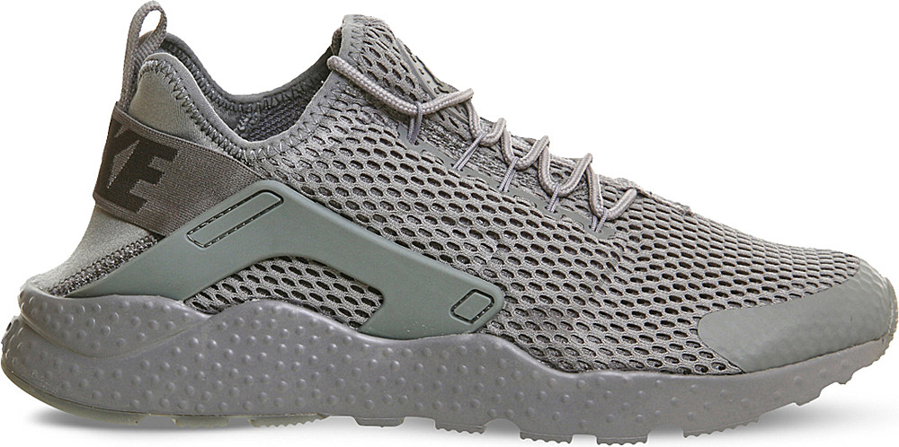 check out 5fec9 e8138 Gallery. Previously sold at  Selfridges · Women s Nike Air Huarache ...