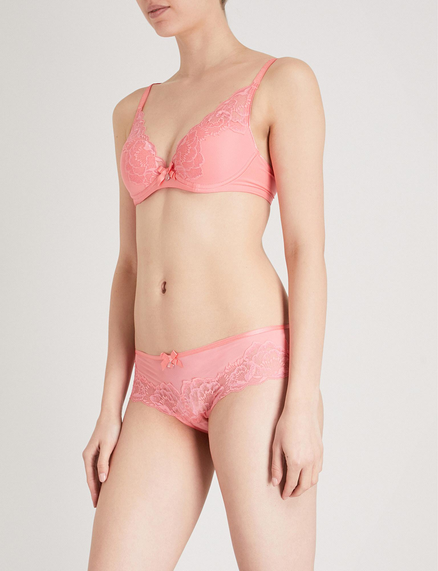 98f021a29dfd3 Lyst - Chantelle Orangerie Mesh And Lace Plunge T-shirt Bra in Pink