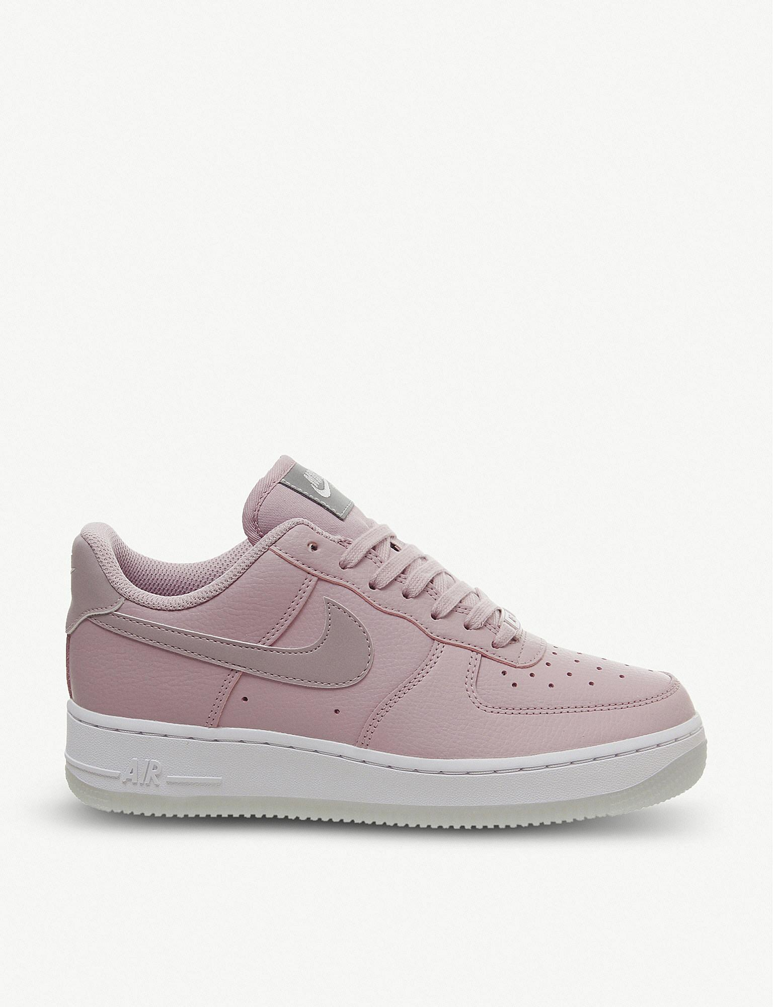 cheap for discount b8c0f 8bd5f Nike. Women s Air Force 1 07 Leather Trainers