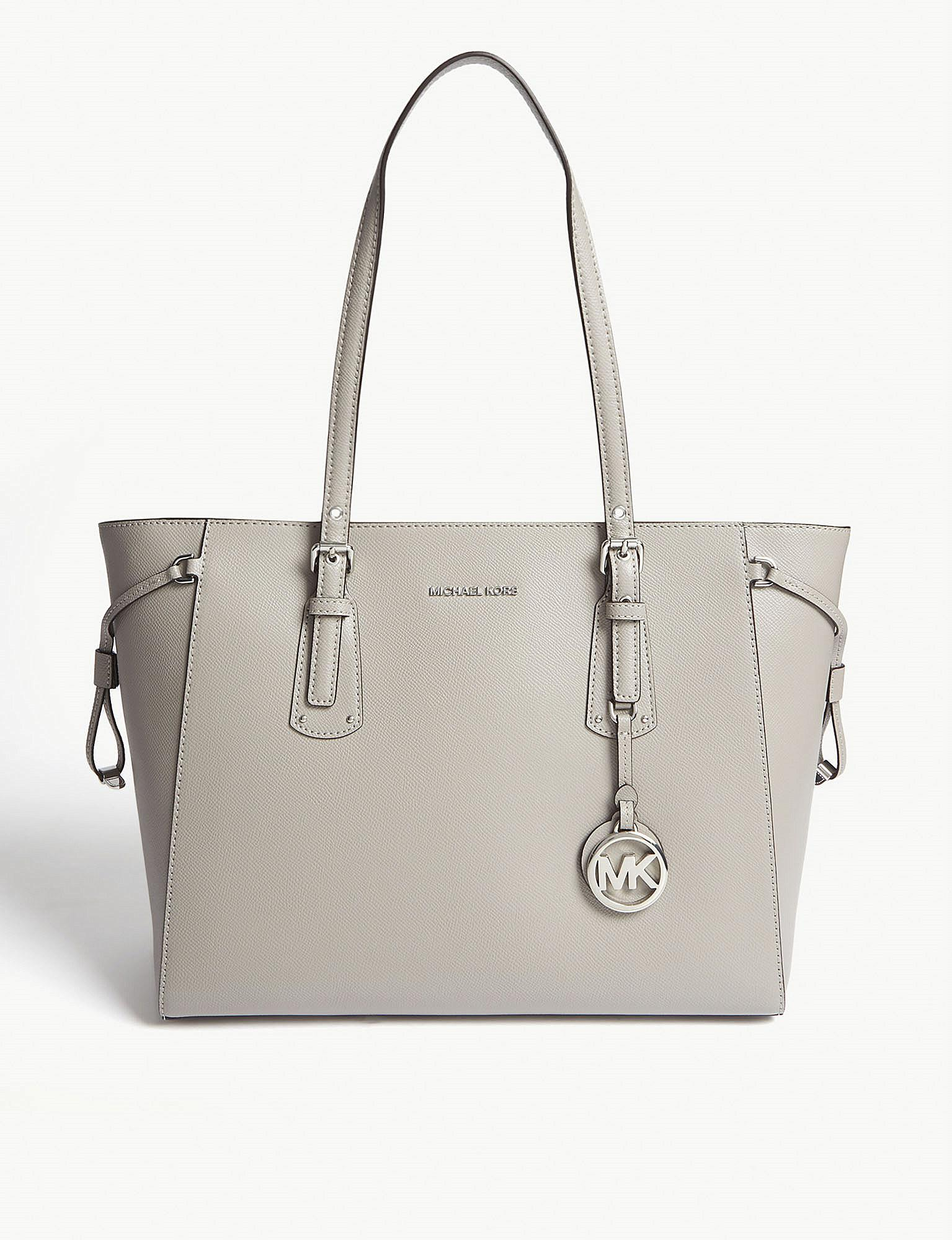 a8cb1b8b739f Lyst - MICHAEL Michael Kors Voyager Medium Leather Tote in Gray