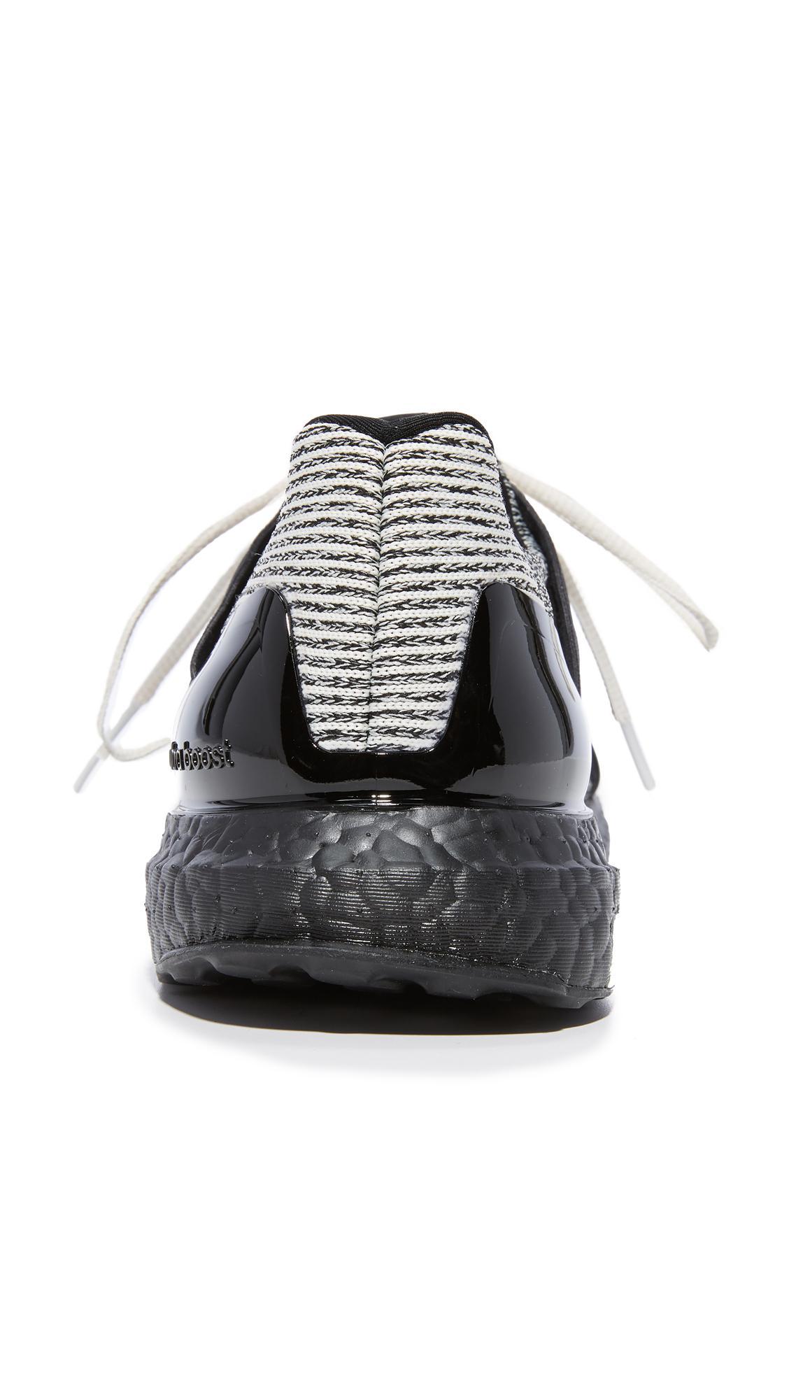 6750ddd78131b Lyst - adidas By Stella McCartney Limited Edition Ultra Boost ...
