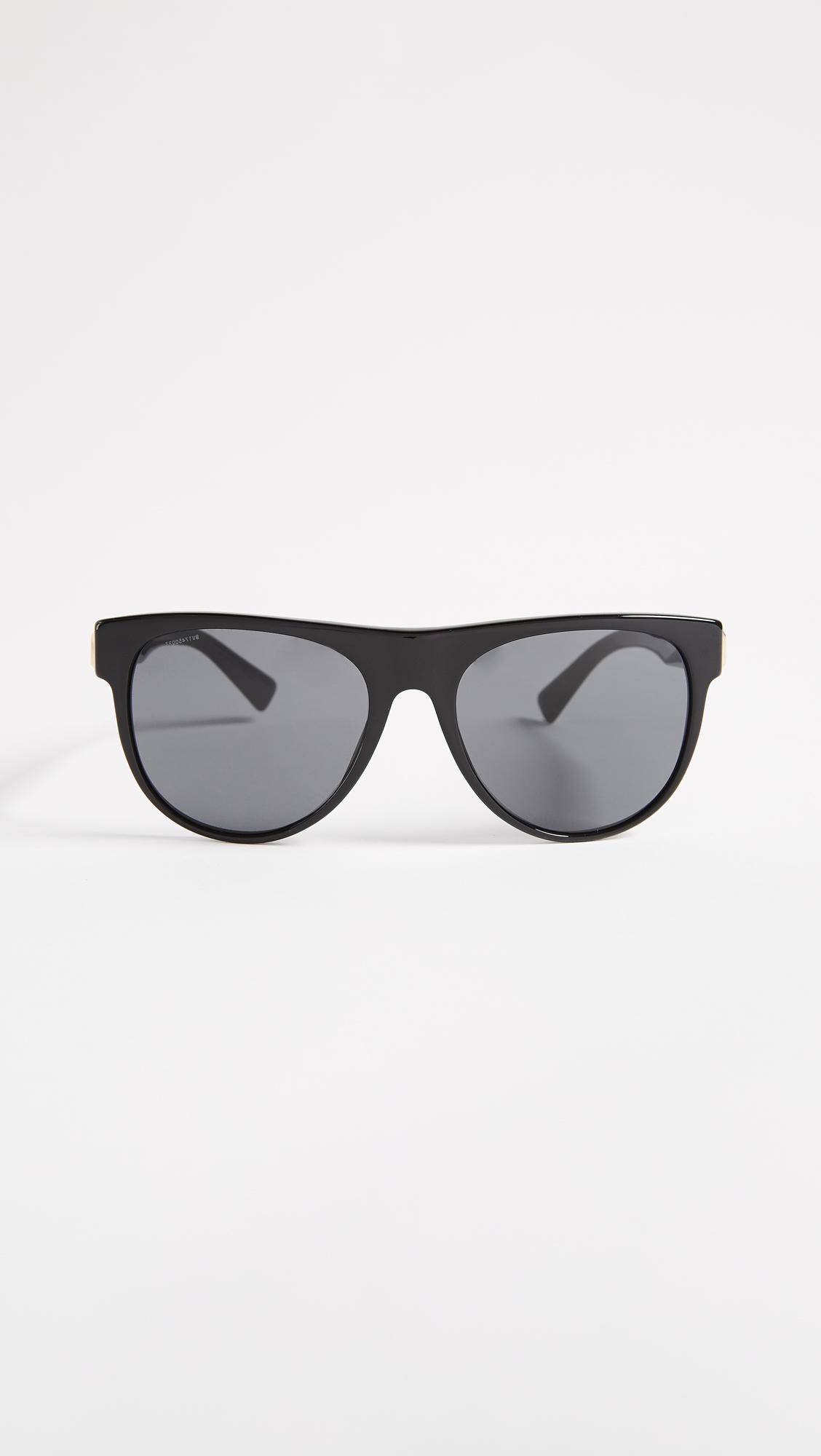 760806cffe94 Versace Rock Icon Flat Lens Sunglasses in Black - Lyst