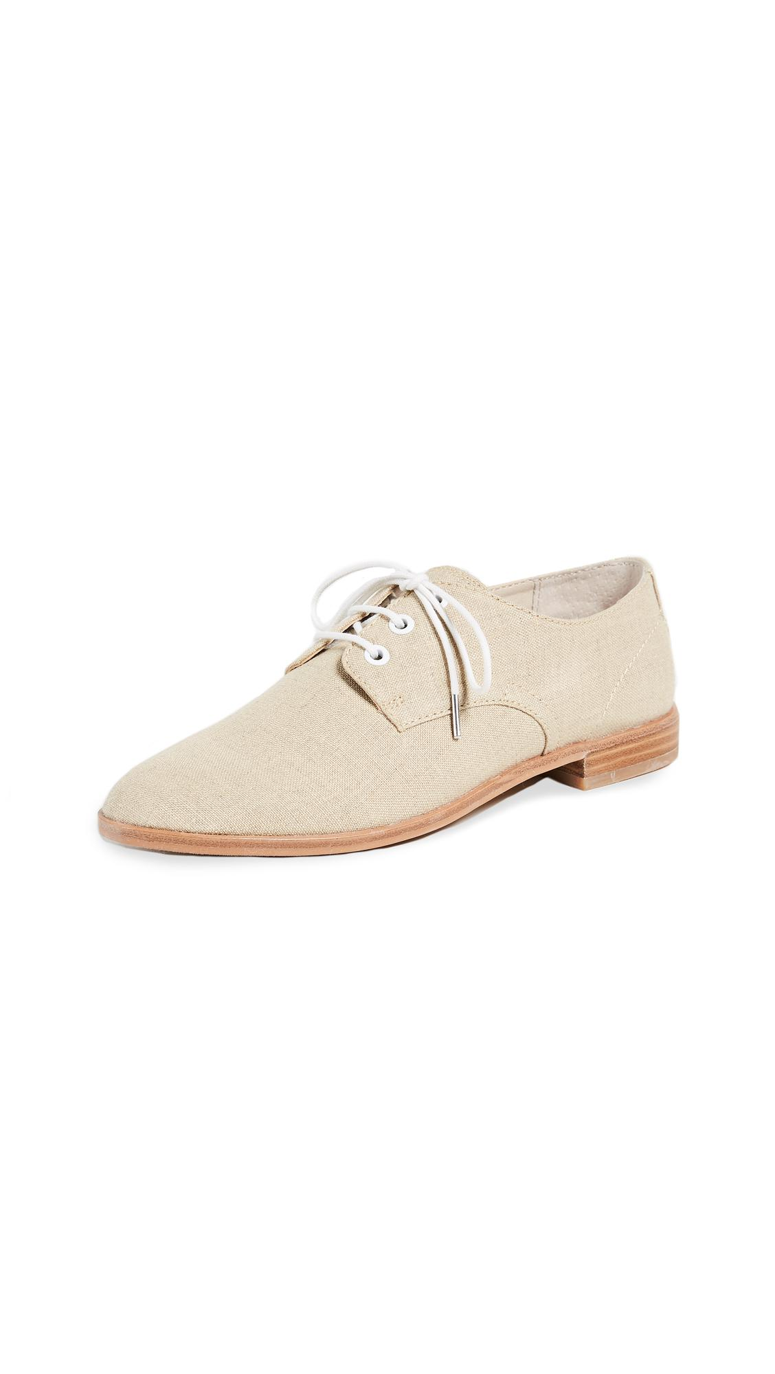 dad0173fef7 Lyst - Dolce Vita Pixyl Lace Up Oxfords in Natural
