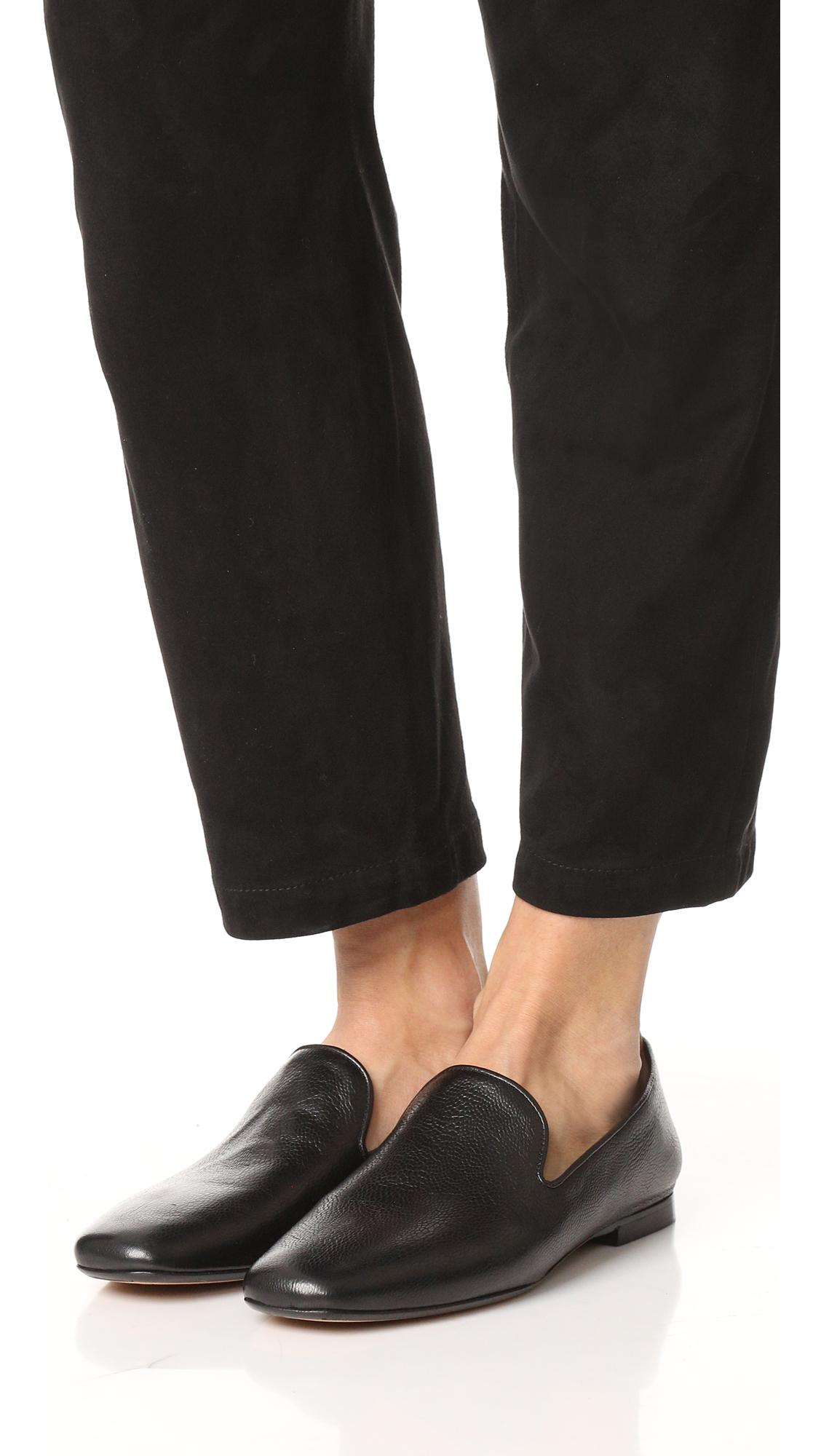 49aed154bf2 Lyst - Vince Bray Loafers in Black