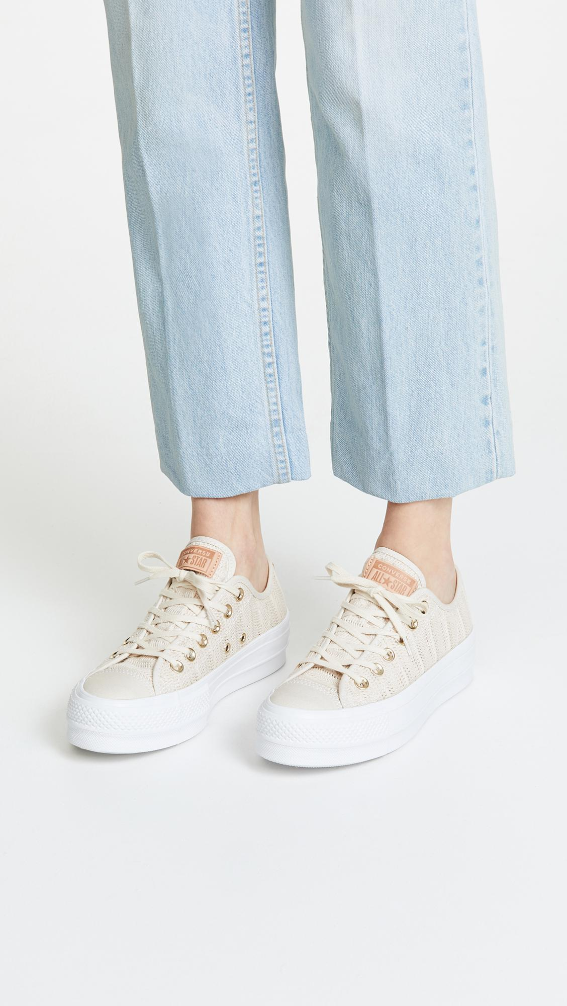 fa9729f60184dc Converse - White Chuck Taylor All Star Lift Ox Sneakers - Lyst. View  fullscreen