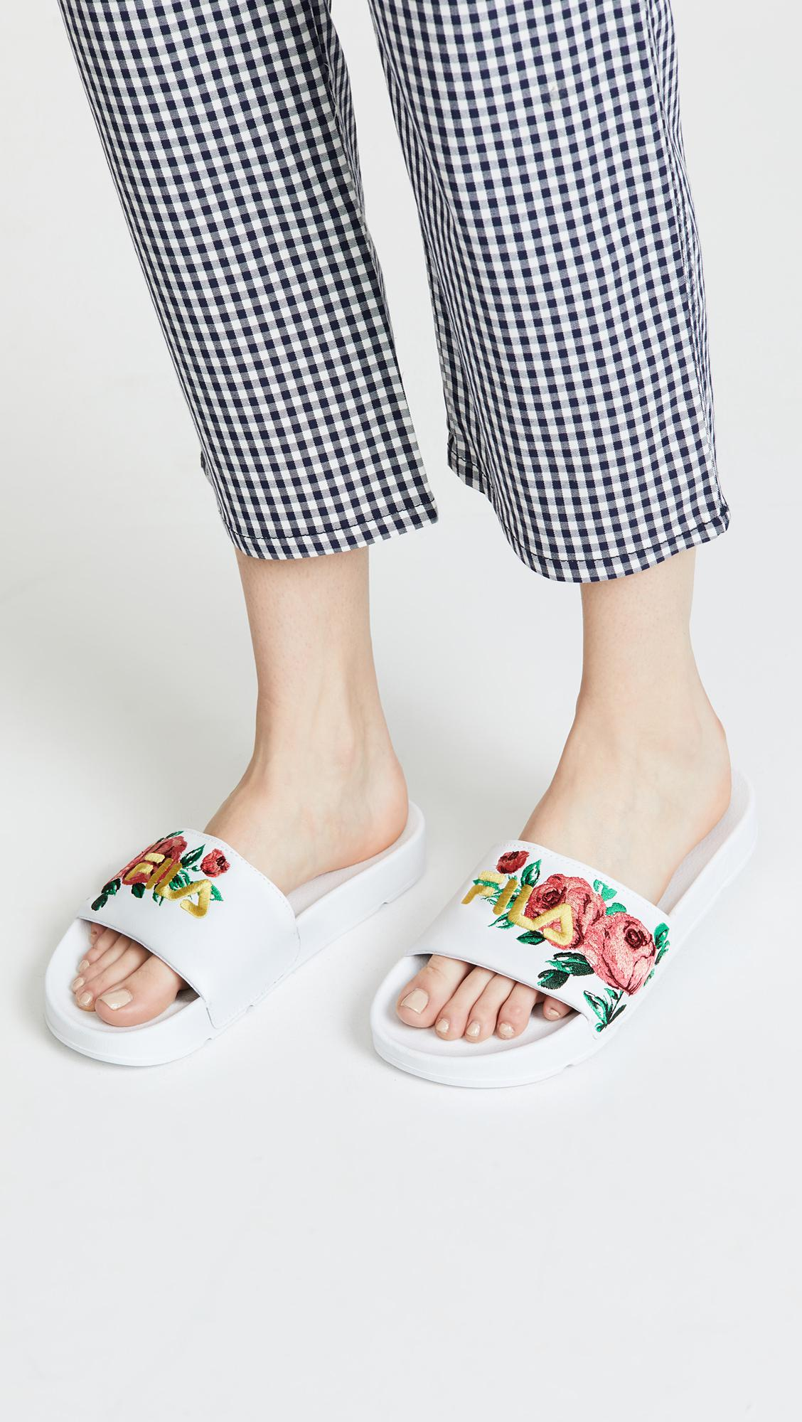 1893b68f Fila Drifter Embroidery Slides in White - Lyst
