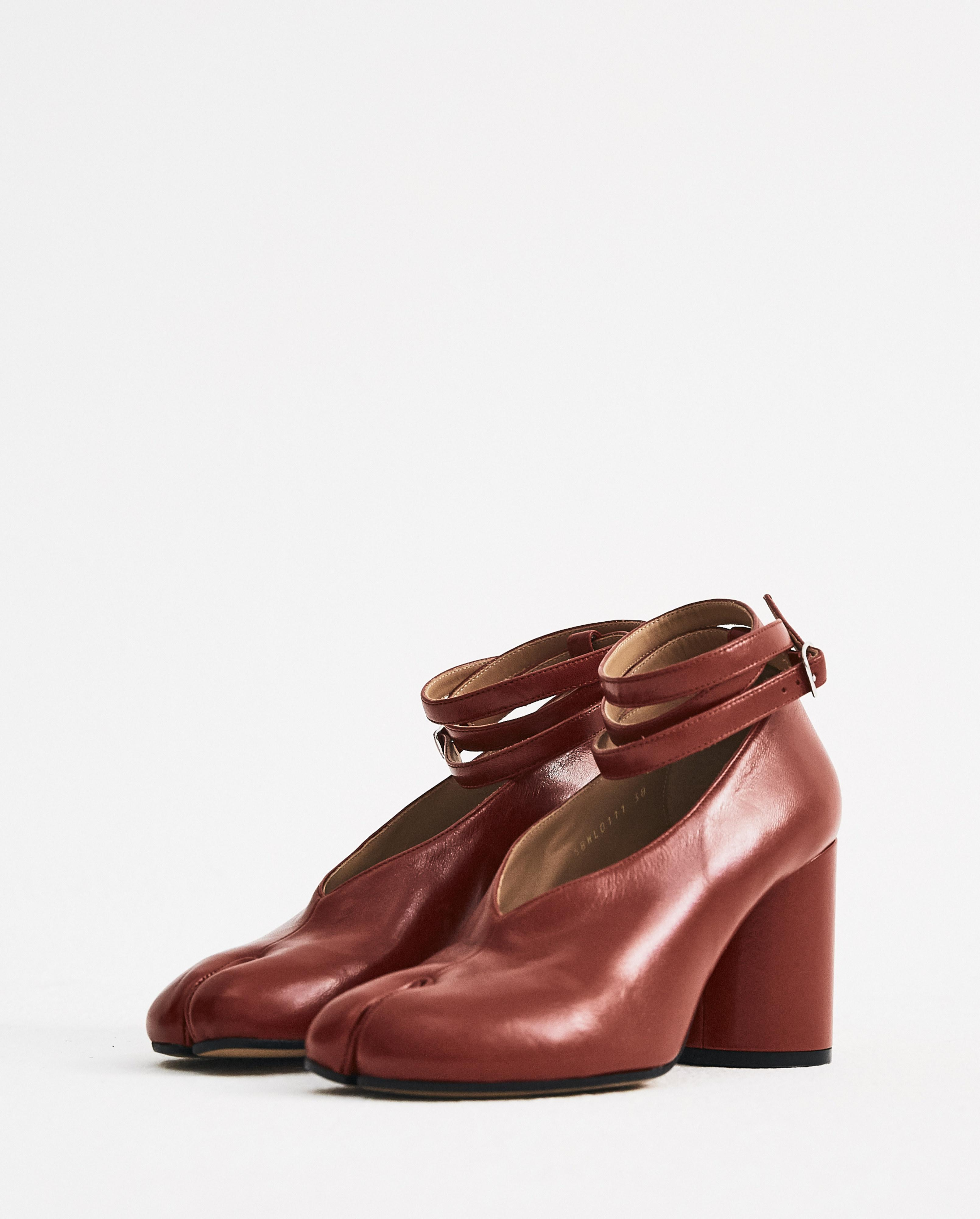 fc452a72760a Lyst - Maison Margiela Red Strapped Tabi Heels in Red