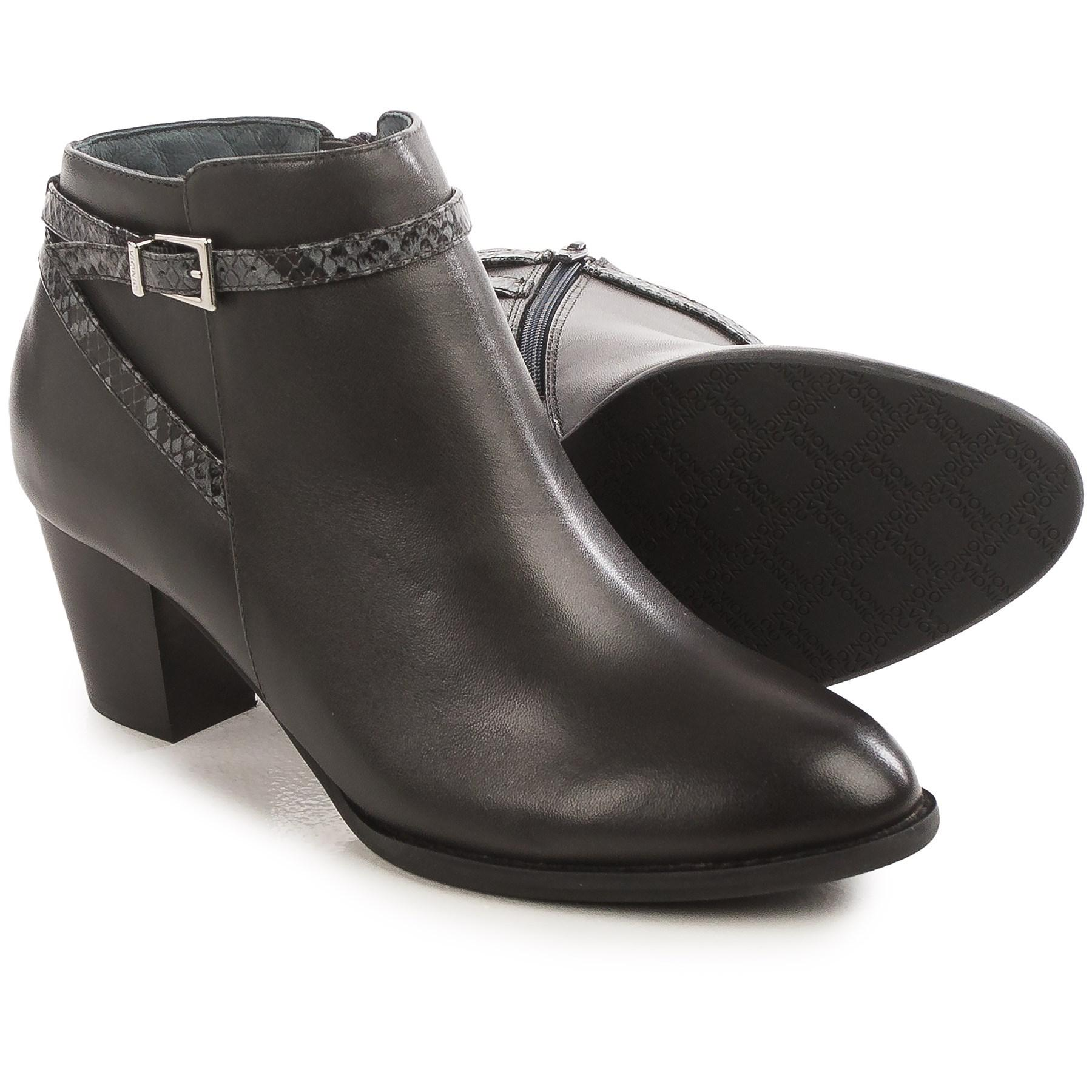 b9a189a3680 Vionic - Gray With Orthaheel Technology Upton Ankle Boots - Lyst