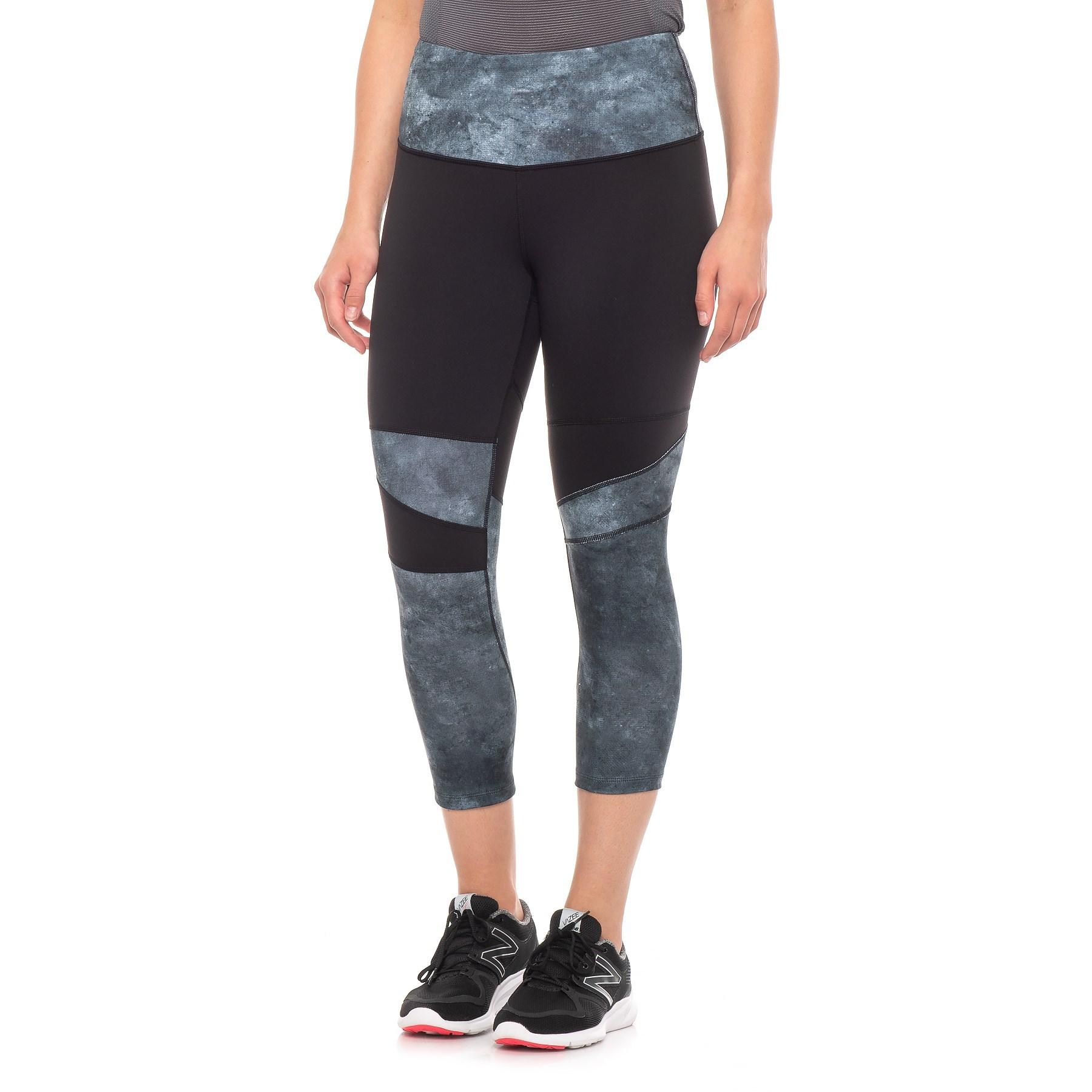 6420d93f5dcdb Lyst - The North Face Motivation High Rise Printed Crop Leggings ...