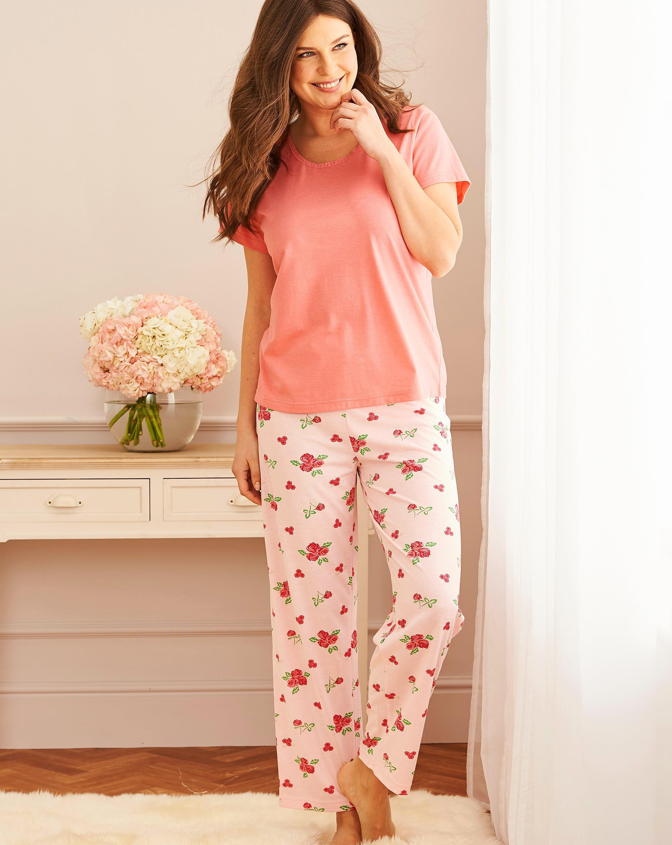 6cda73314f75 Lyst - Simply Be Pretty Secrets Short Sleeve Pajama Set in Pink