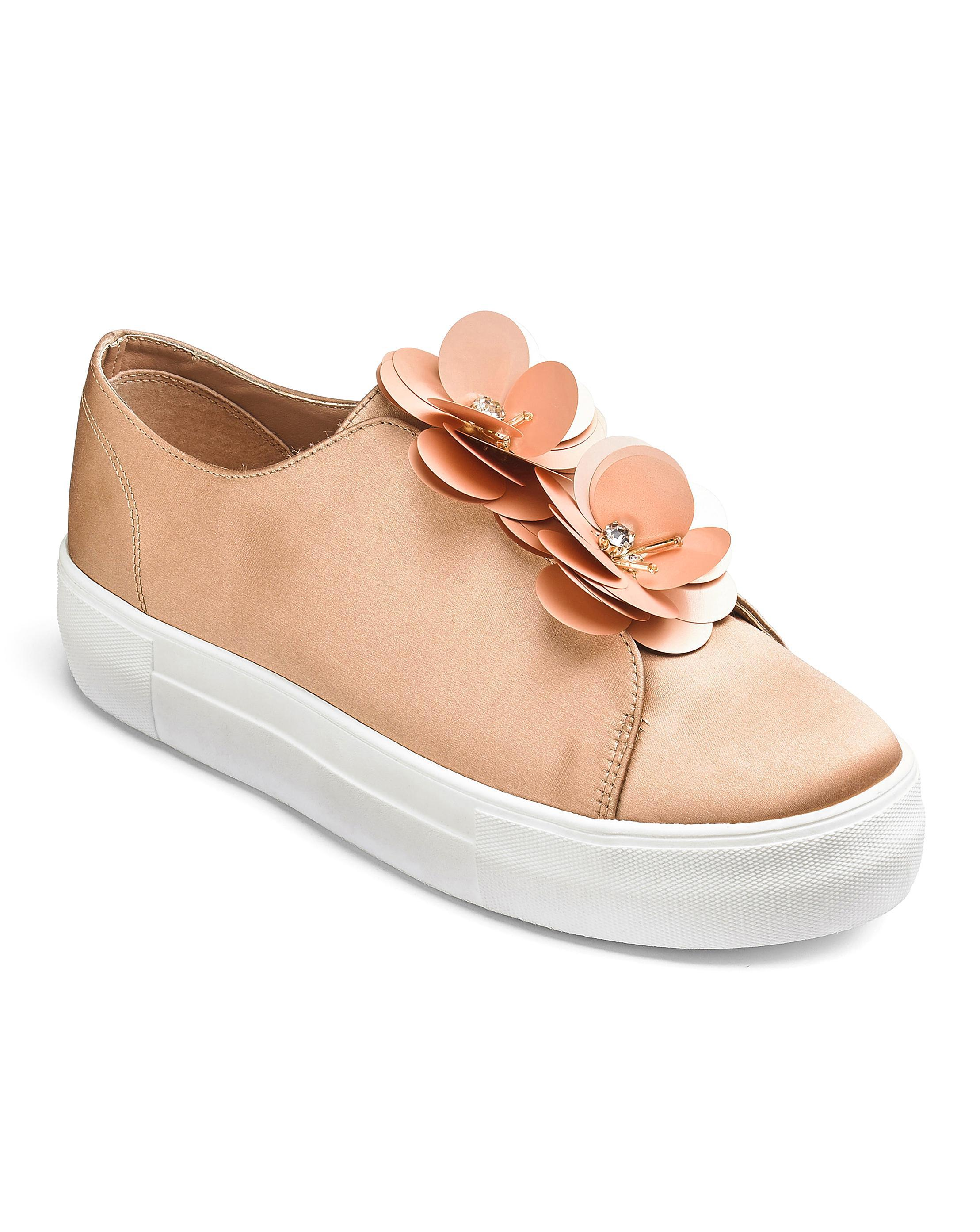 Evie Flower Pumps best place online buy cheap with paypal clearance find great sale ebay 9hZJexyfUo
