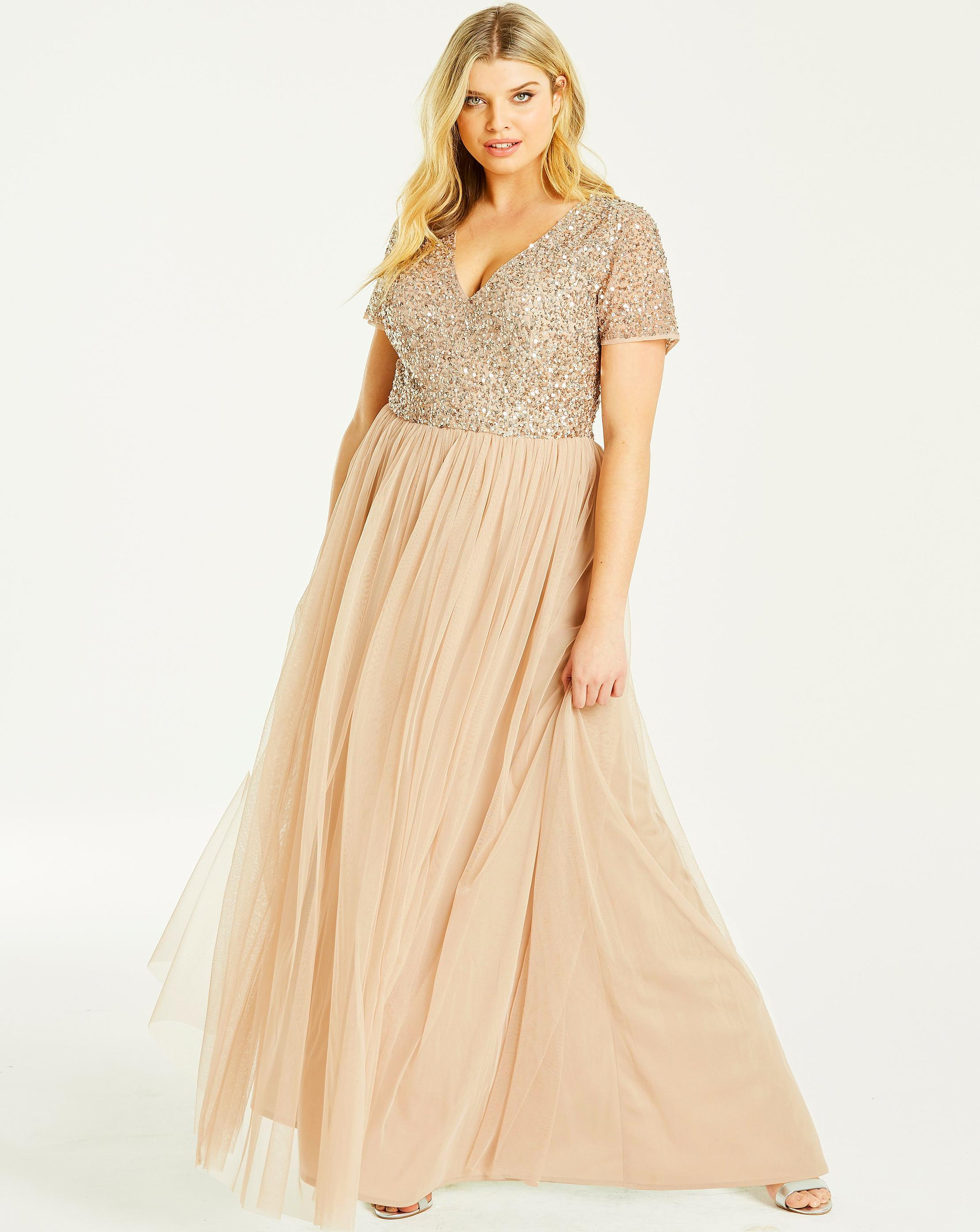 e19cf7bf891 Lyst - Simply Be Maya Curve V Neck Cap Sleeve Maxi Dress in Natural