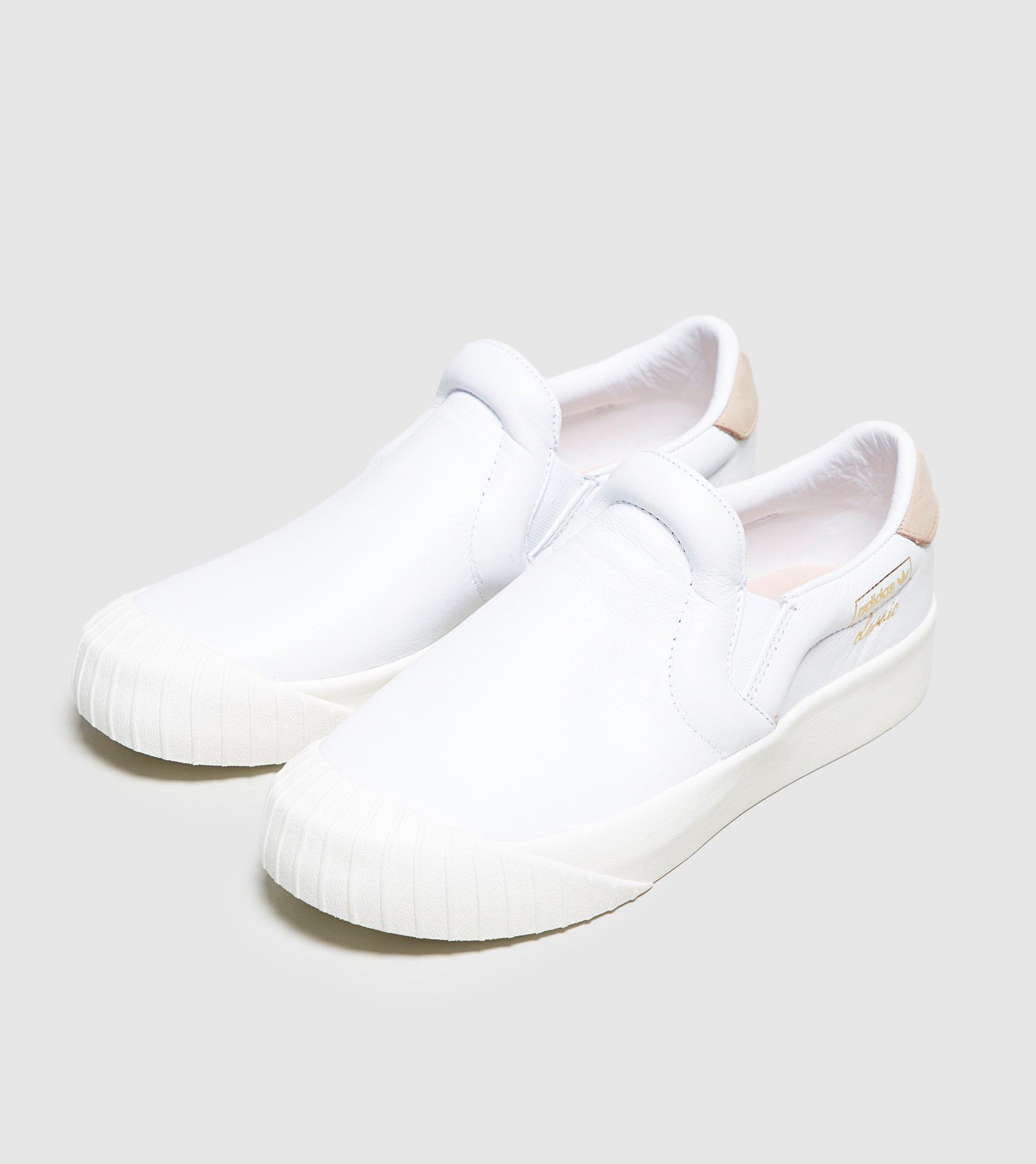 wholesale dealer 9990a 4f10d Lyst - adidas Originals Everyn Slip-on Womens in White