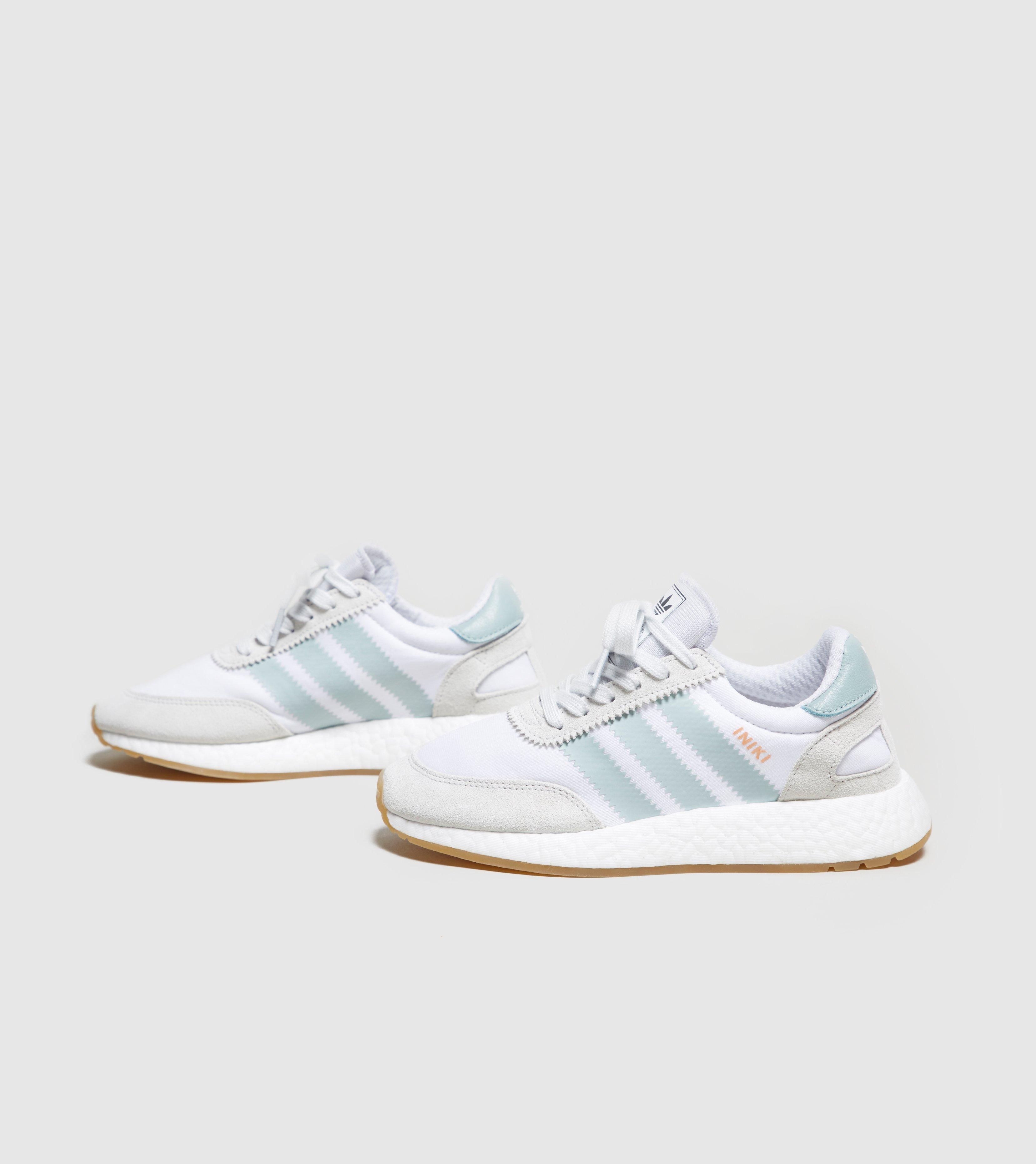 Adidas Originali Iniki Staffetta Donne In Bianco Lyst