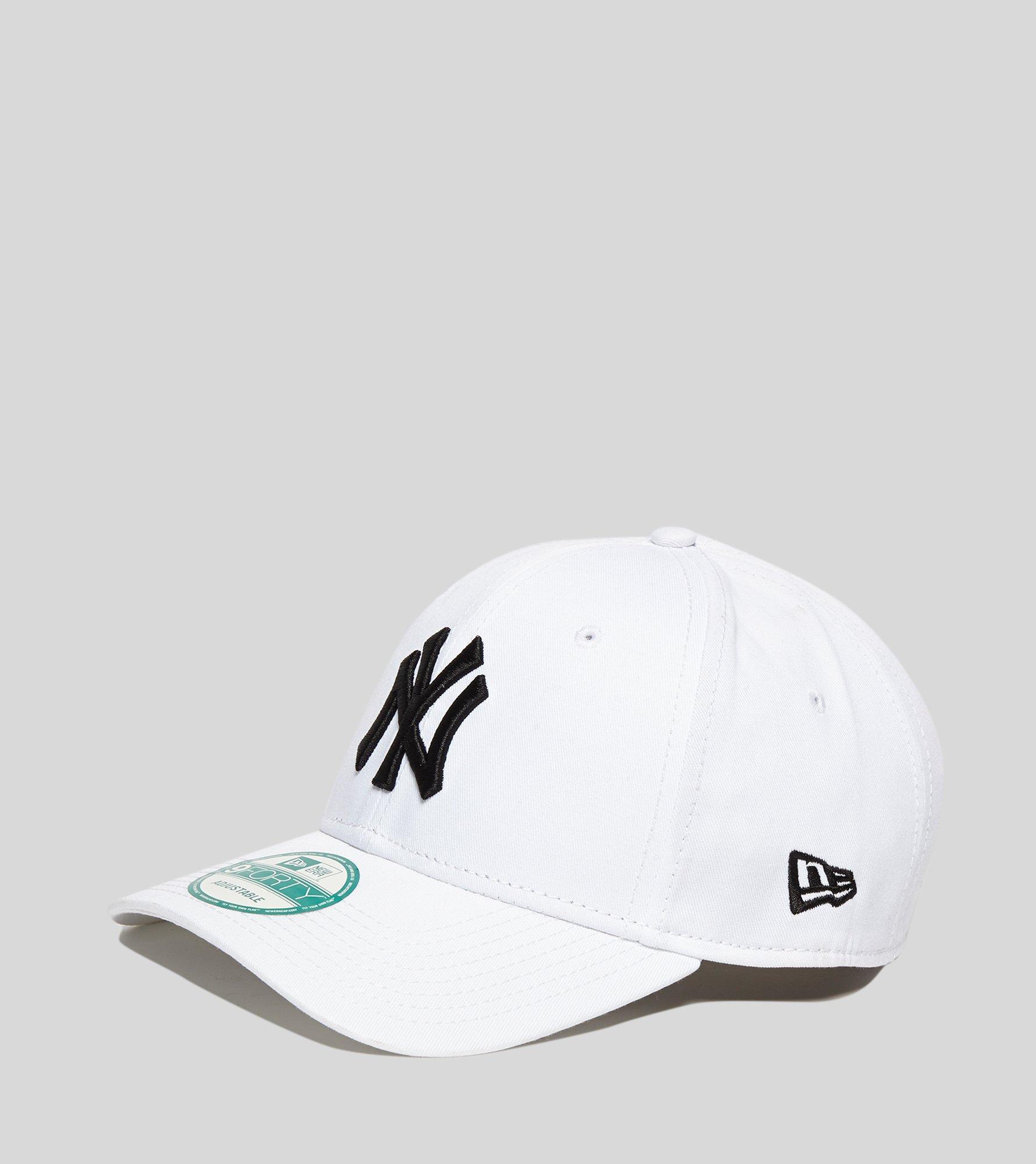 ec736b79ee4 Lyst - Ktz Mlb New York Yankees 9forty Cap in White for Men