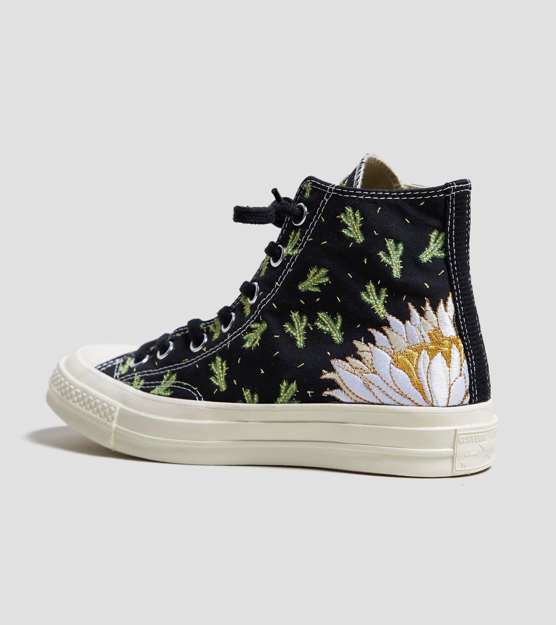 7c7608706ca4cf Gallery. Previously sold at  Size · Women s Converse Chuck Taylor ...