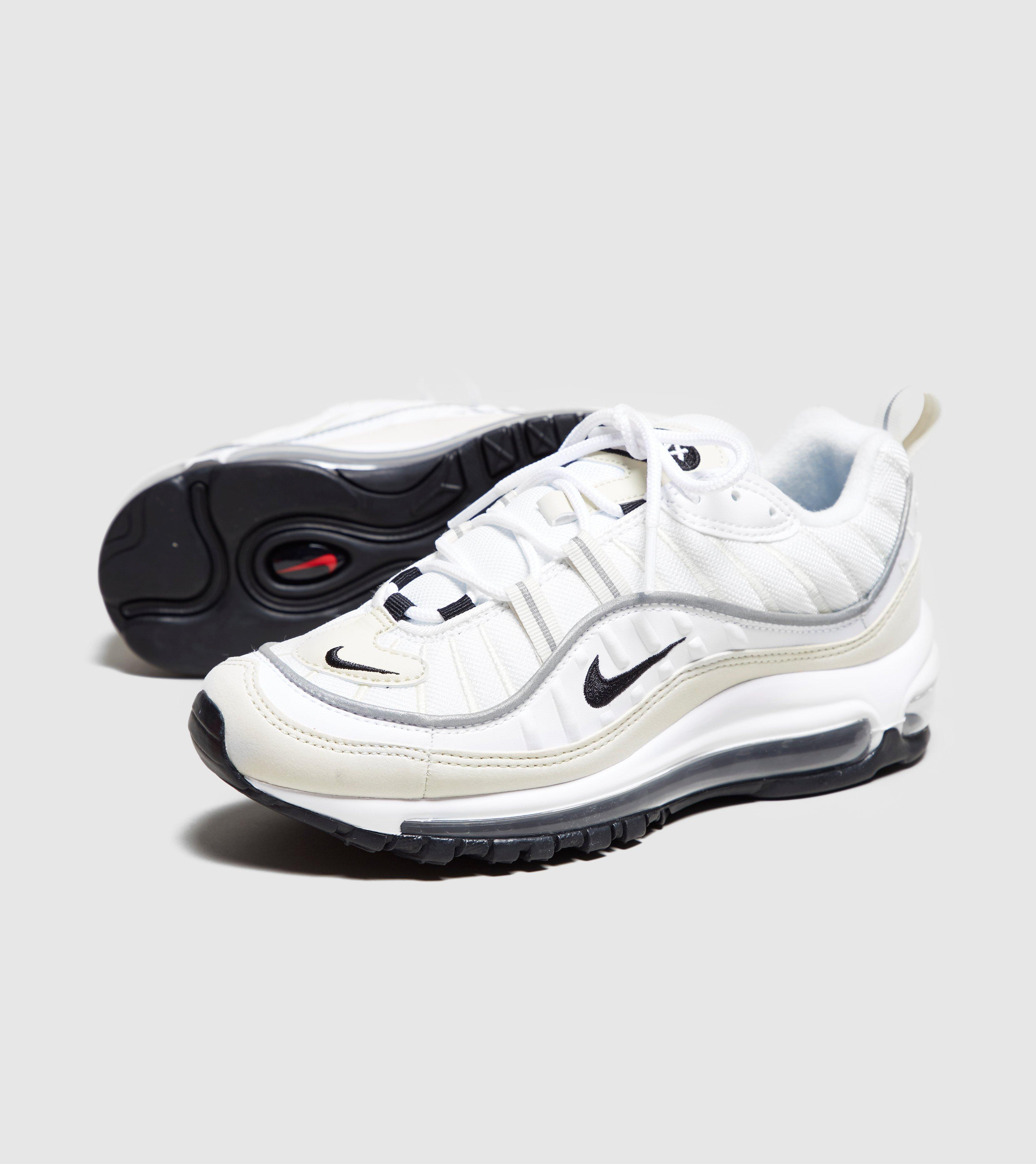 d730ef27b0 Gallery. Previously sold at: Size · Women's Nike Air Max