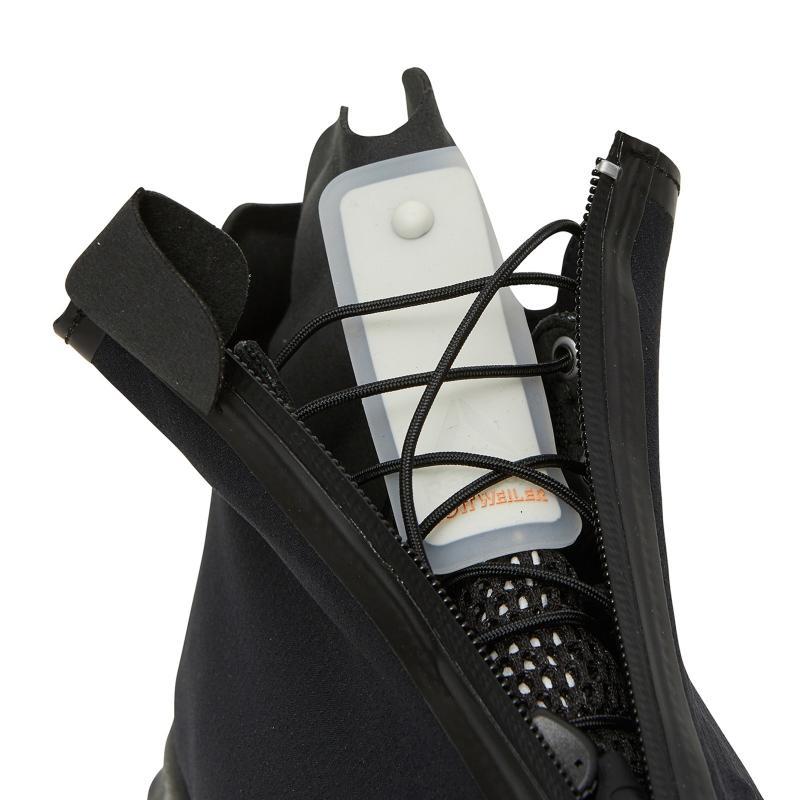 b352cc38b Reebok Cottweiler Desert High Sneakers in Black for Men - Lyst