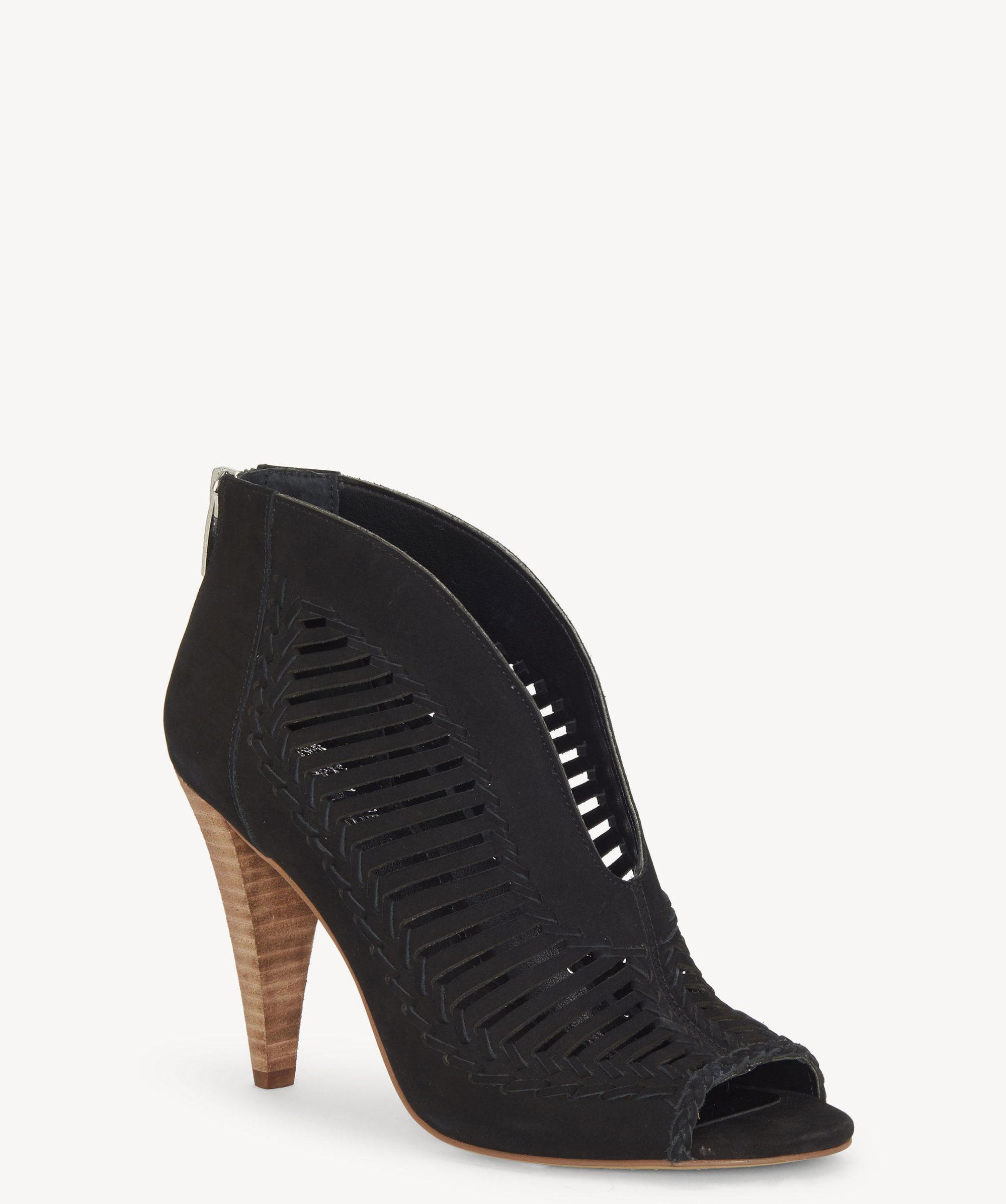 31342286473 Lyst - Vince Camuto Acha Sandal in Black