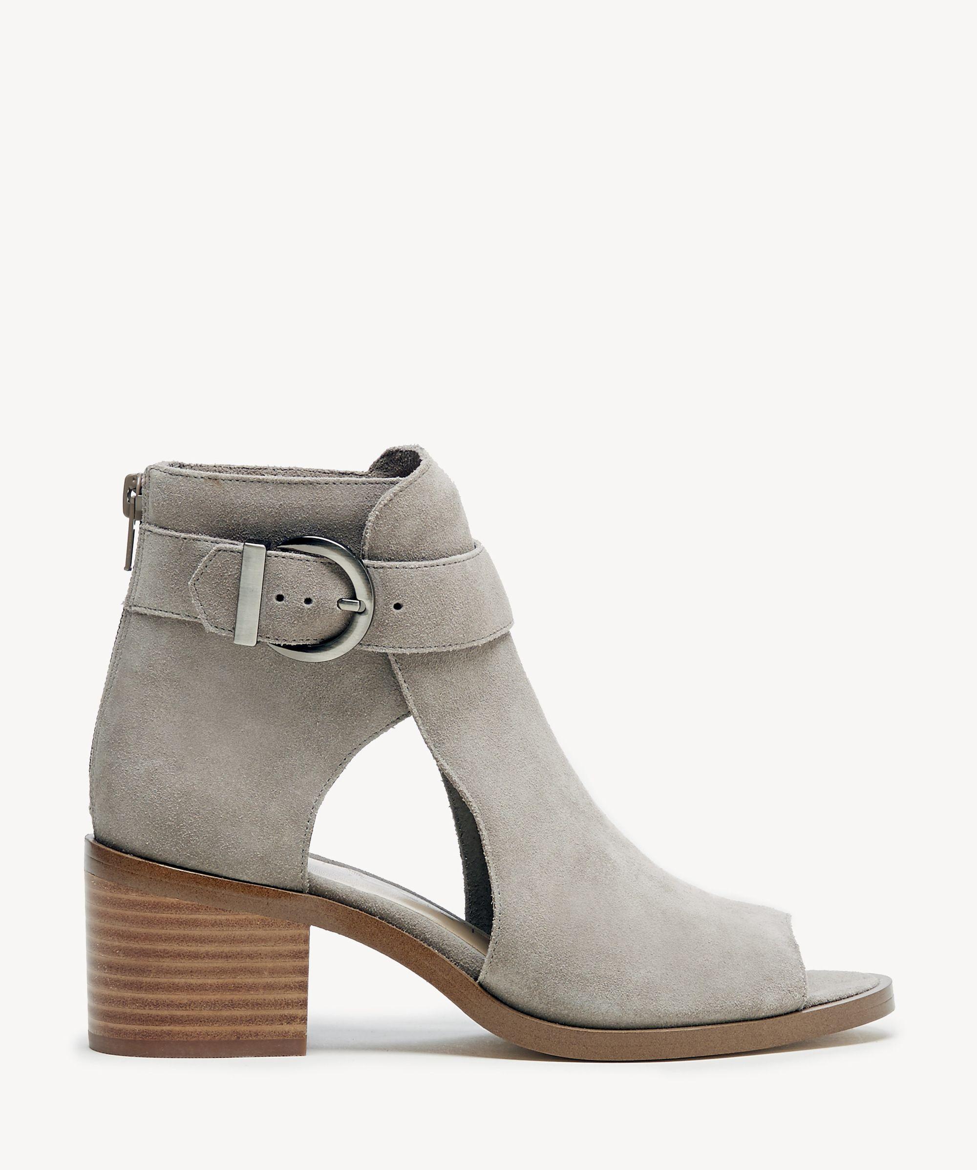 0f3b33dfabba Sole Society. Women s Tracy Block Heel Sandal