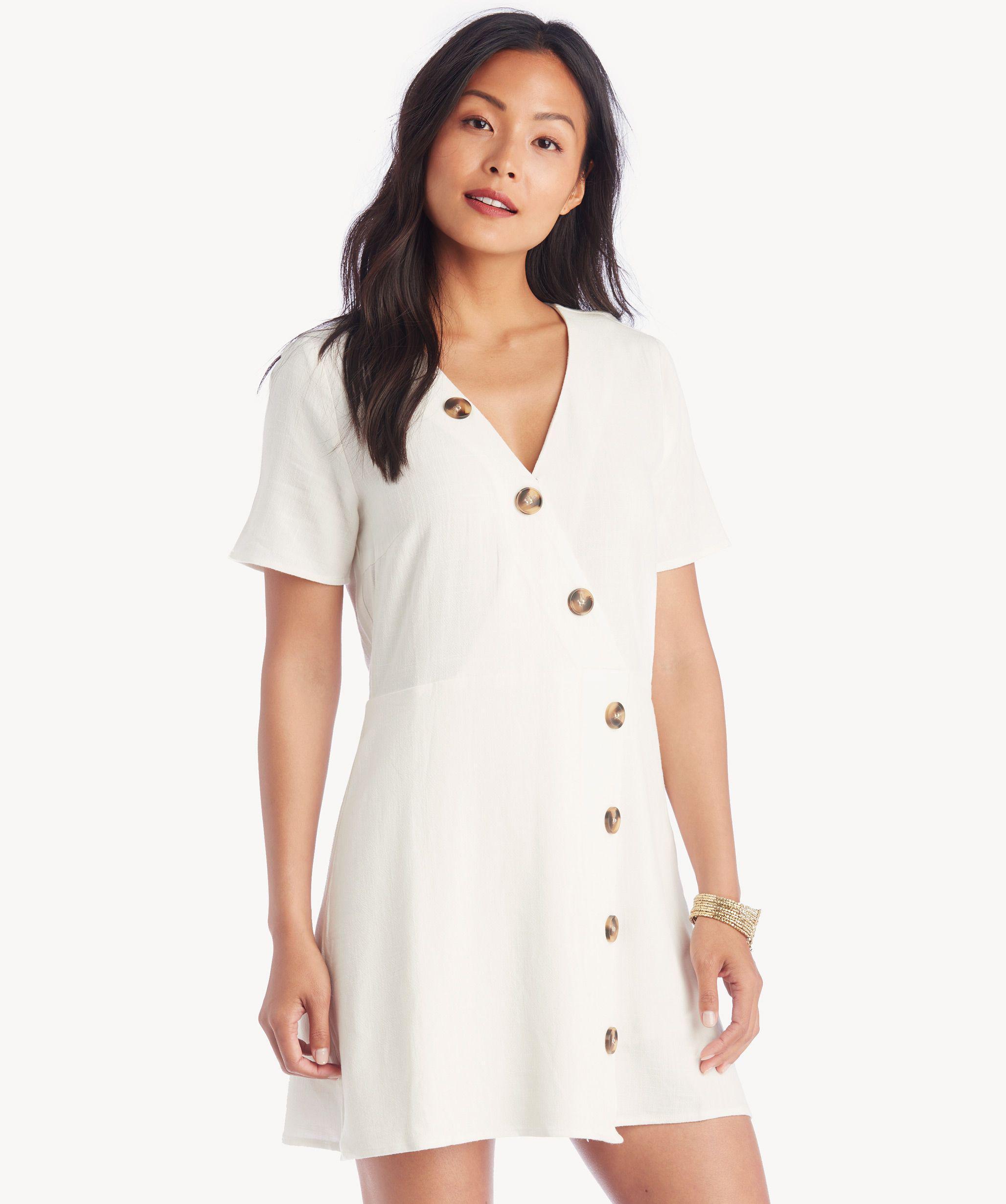 91bd8c76cf9 Moon River Asymmetrical Button Dress in White - Lyst