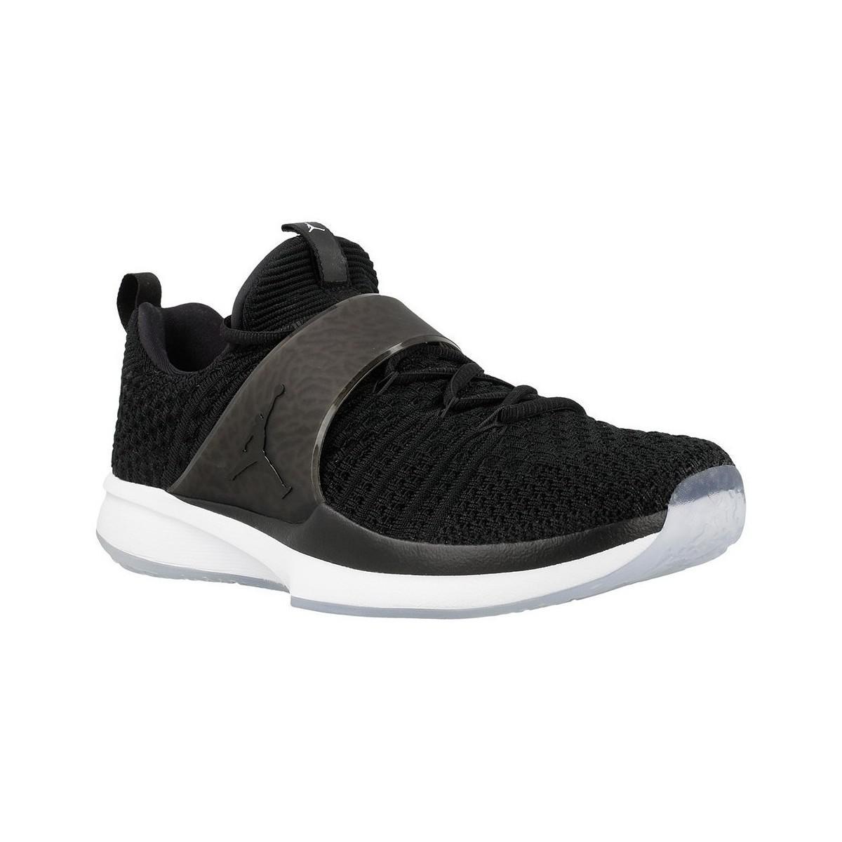 Nike Jordan Trainer 2 Flyknit Men s Shoes (trainers) In White in ... 2264a5433