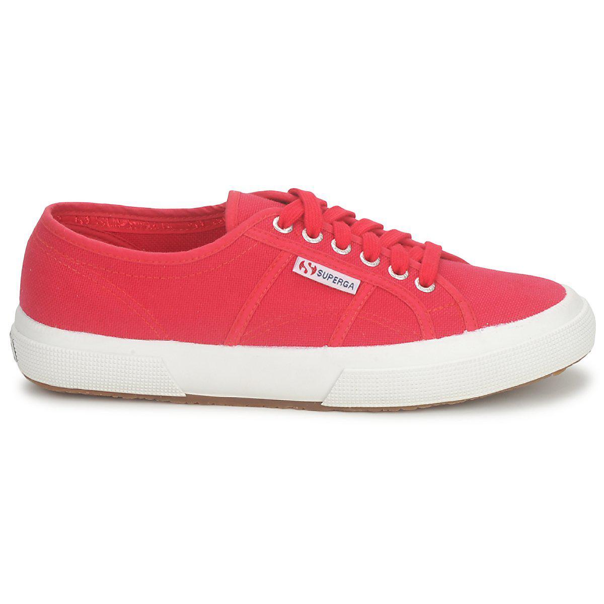 e5c8f080ebadb Superga - 2750 Cotu Classic Men's Shoes (trainers) In Red for Men - Lyst.  View fullscreen