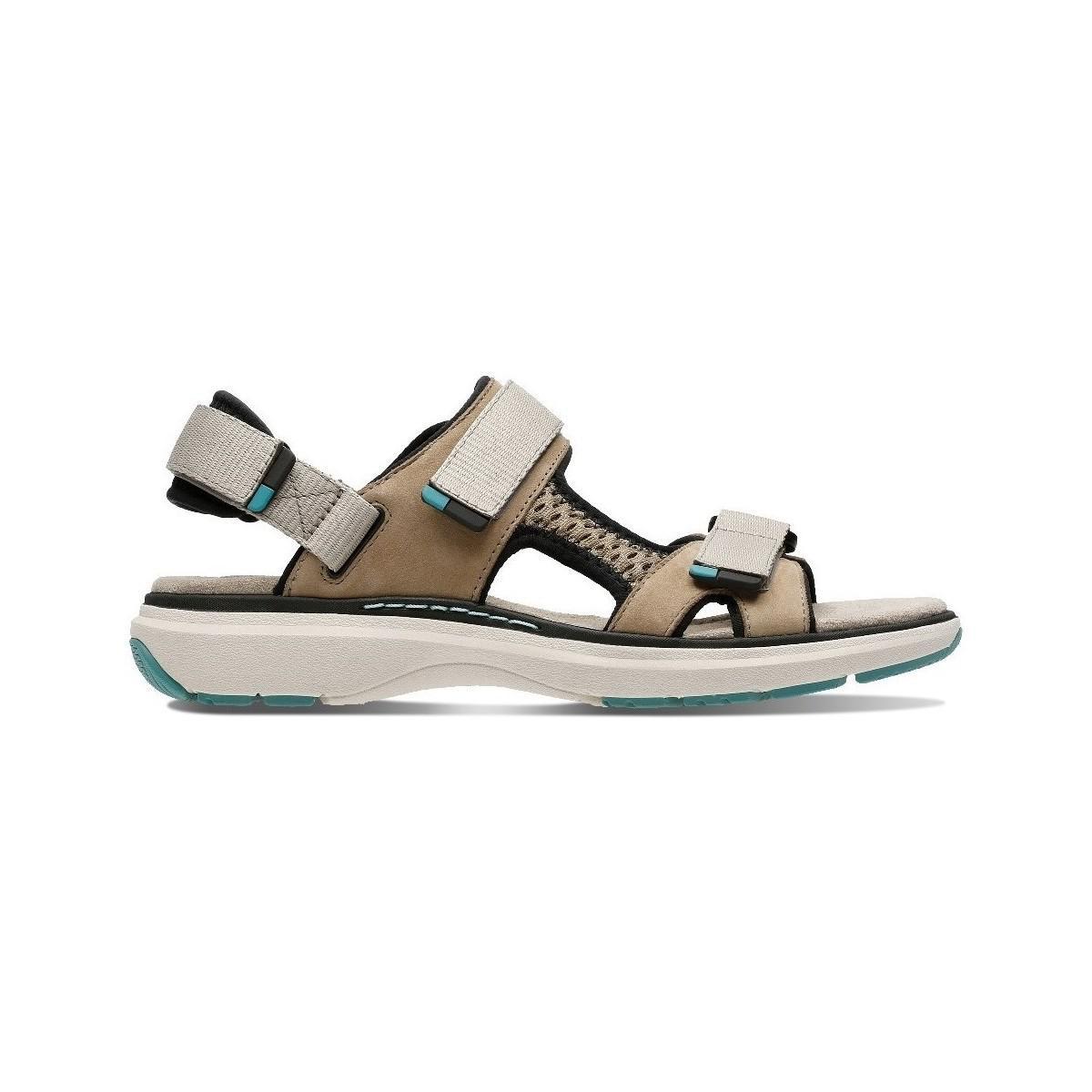 24e0a365dfb7 Clarks Un Roam Step Women s Sandals In Gold in Metallic - Lyst
