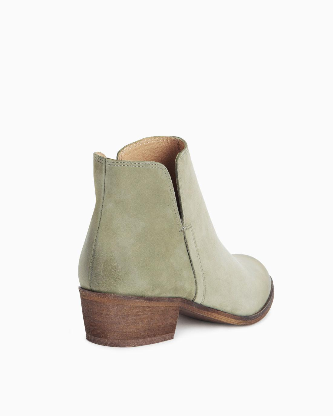f8f6d61ff5c5 Lyst - Splendid Hamptyn Zipper Bootie in Green - Save 34.862385321100916%