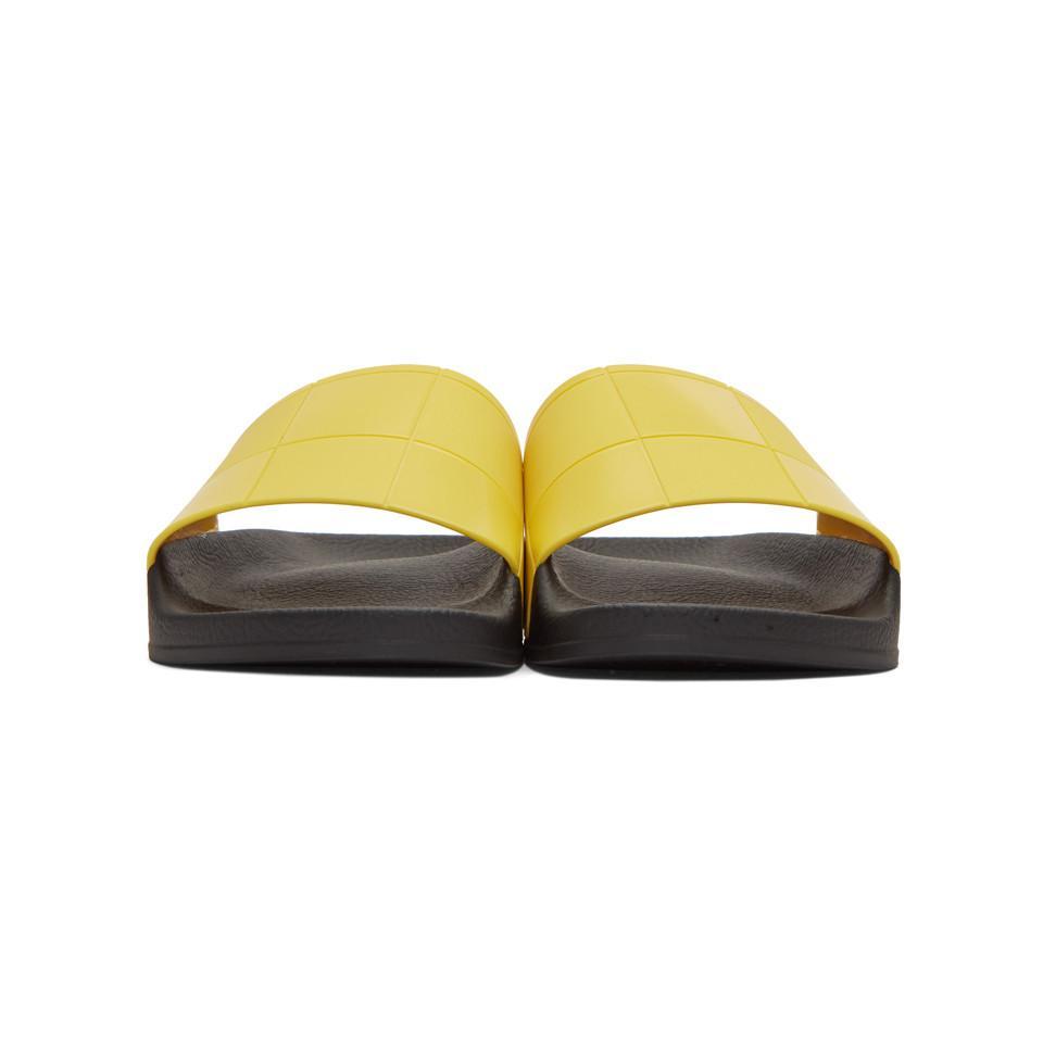 SVvyoMoSAF Yellow adidas Edition Checkerboard Adilette Slides YWYQcRS
