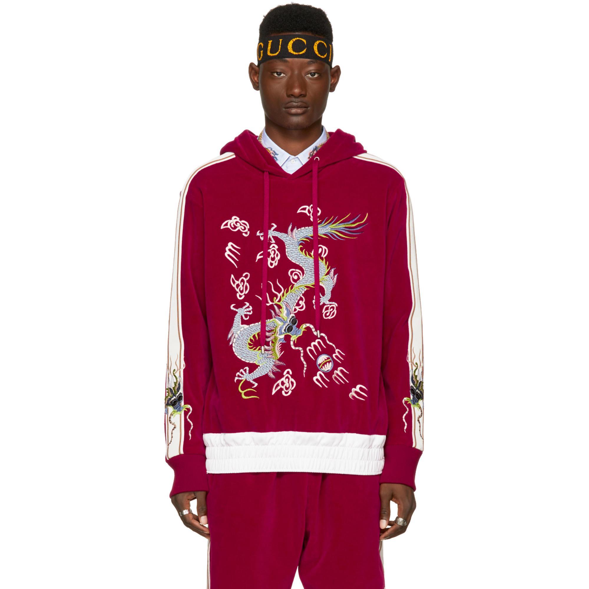 ec51da6061f15 Lyst - Pull a capuche en velours rouge Embroidered Gucci pour homme ...