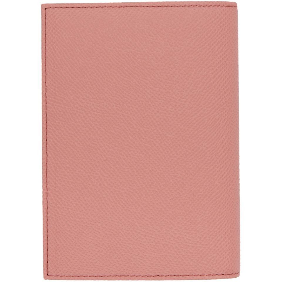 Lyst - Etui pour passeport a plaque a logo rose Dolce   Gabbana en ... b8f87c7db40a