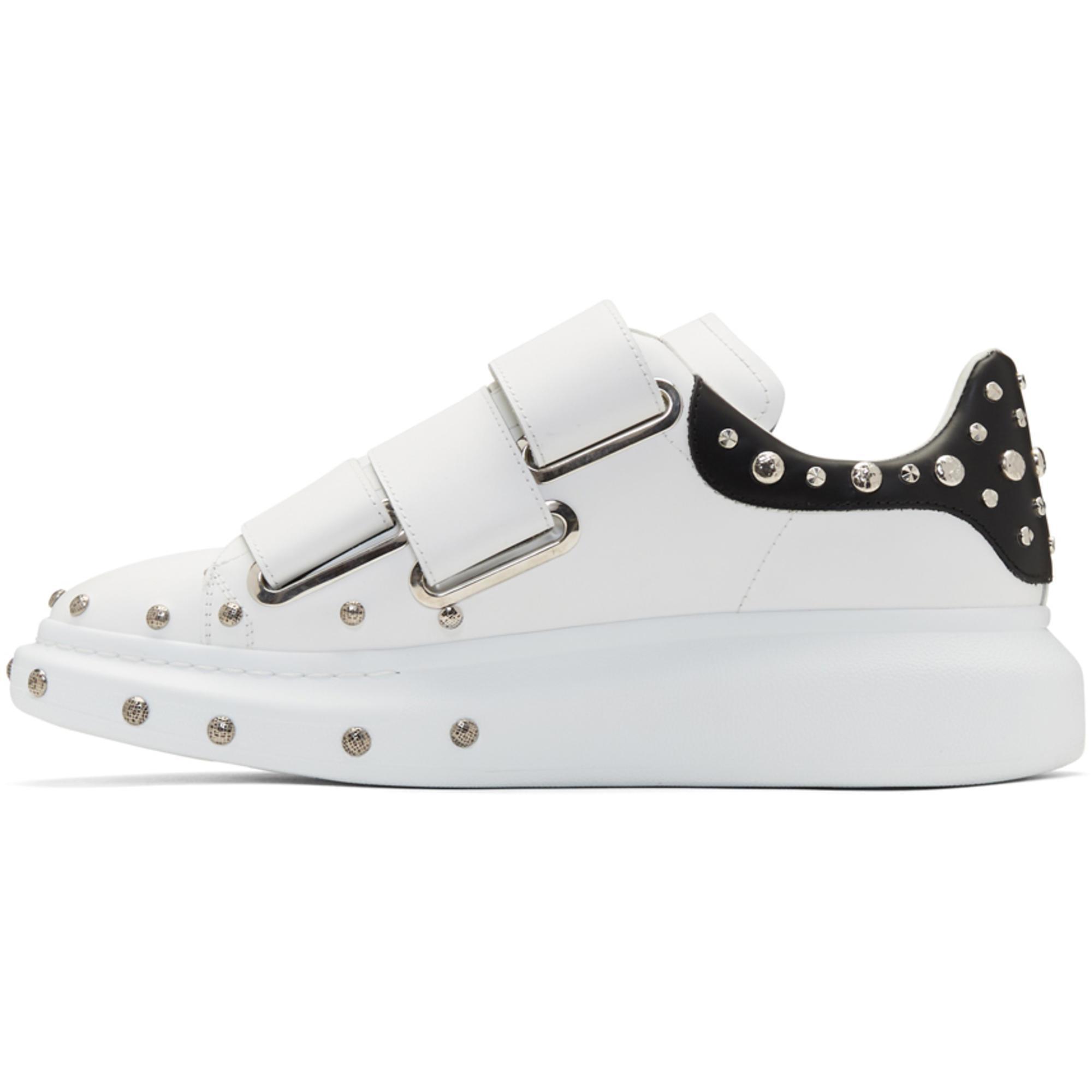 Alexander McQueen White & Black Studded Straps Oversized Sneakers 0CIJvuE