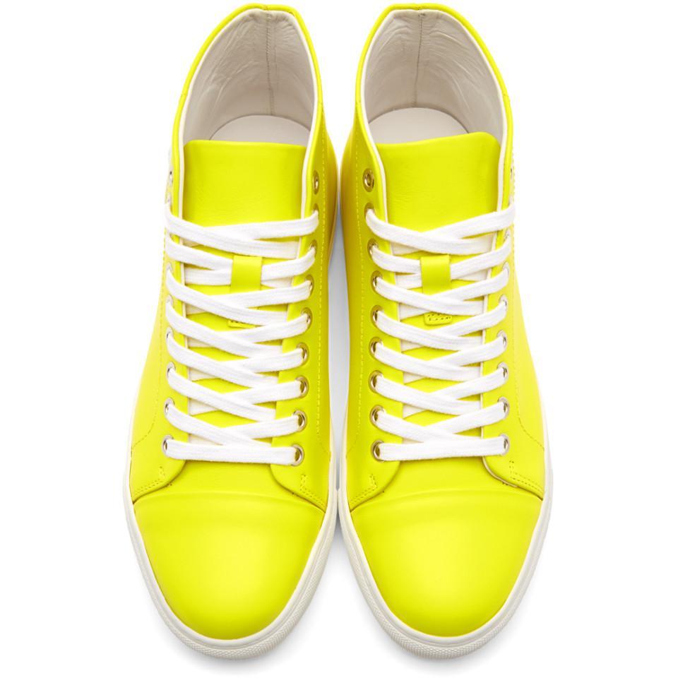 Yellow Lion High-Top Sneakers Versus 6XswxX