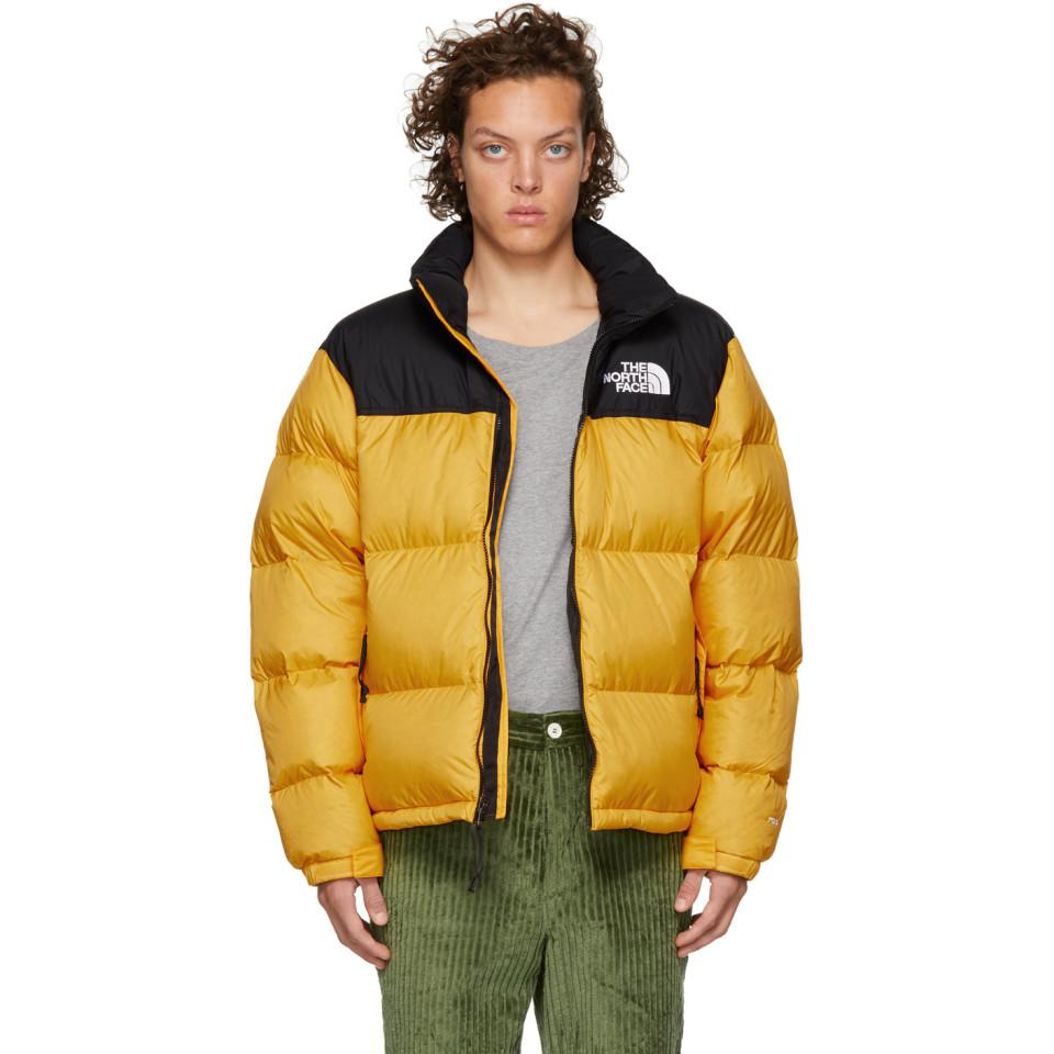 1b16ec188b5 Lyst - Manteau jaune et noir 1996 Retro Nuptse The North Face pour ...
