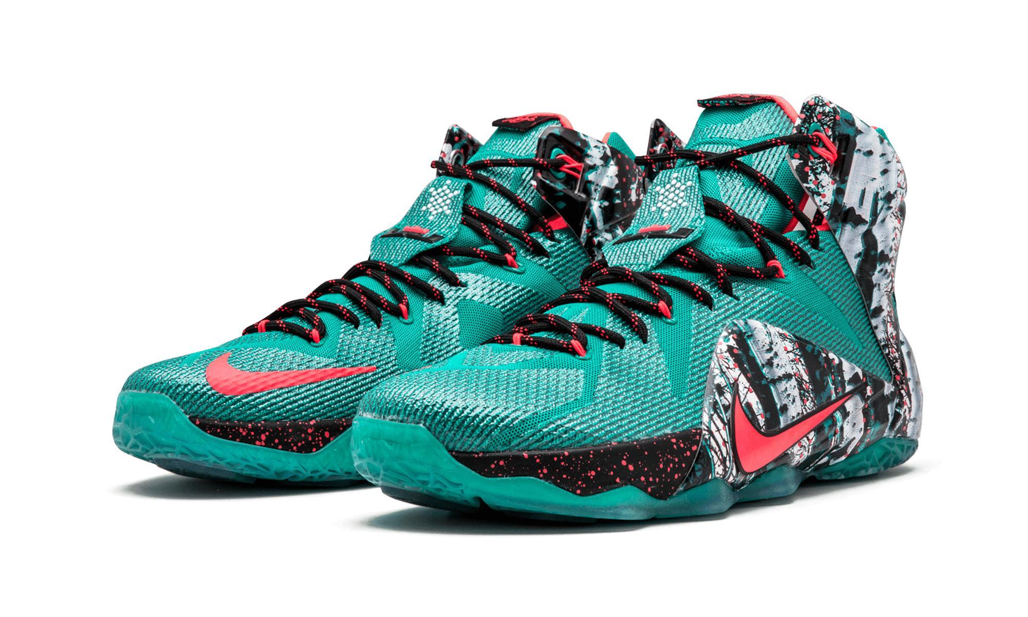 e9c5b067add6 Nike - Lebron 12 Xmas Emerald Green hyper Punch for Men - Lyst. View  fullscreen