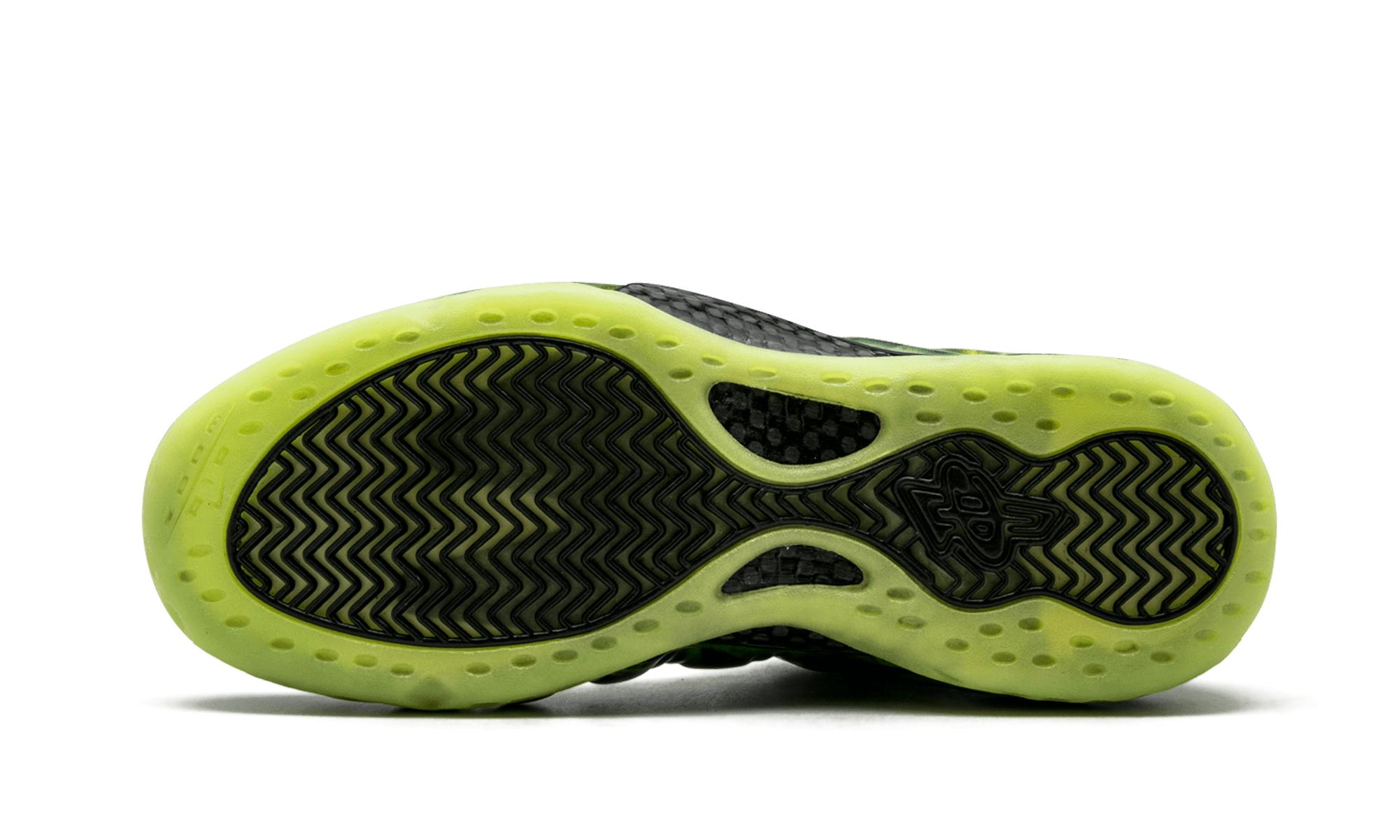 big sale d1df1 dca61 netherlands nike air foamposite one paranorman shoes 48951 4938c  official  view fullscreen de186 94cbe