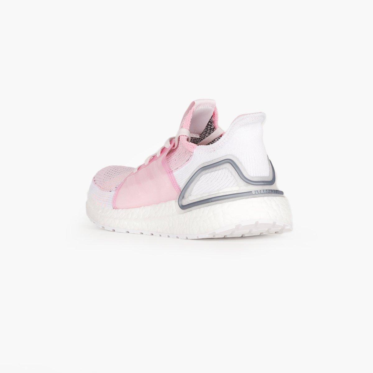 b0425d456bd60 Ultraboost 19 Lyst Adidas Pink Running Originals Women s adidas in xnawaCfI