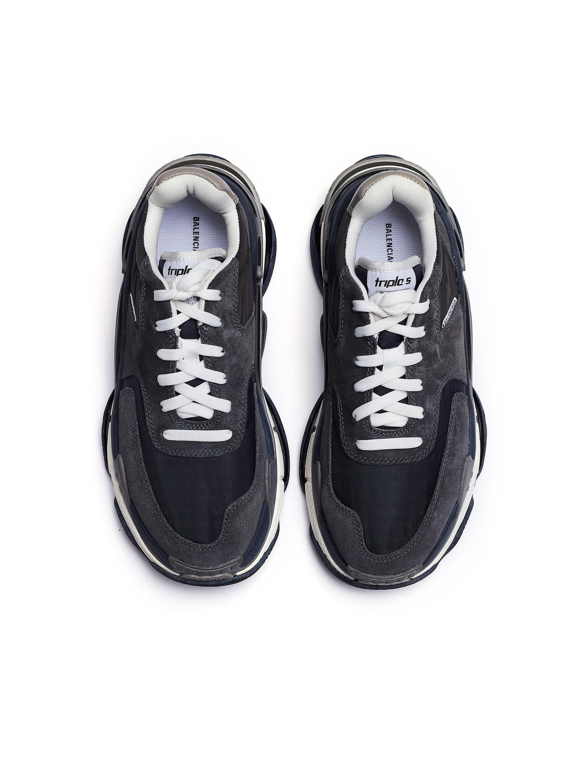 ec5f3ee1fc13c Lyst - Balenciaga Grey Triple S Sneakers in Gray for Men