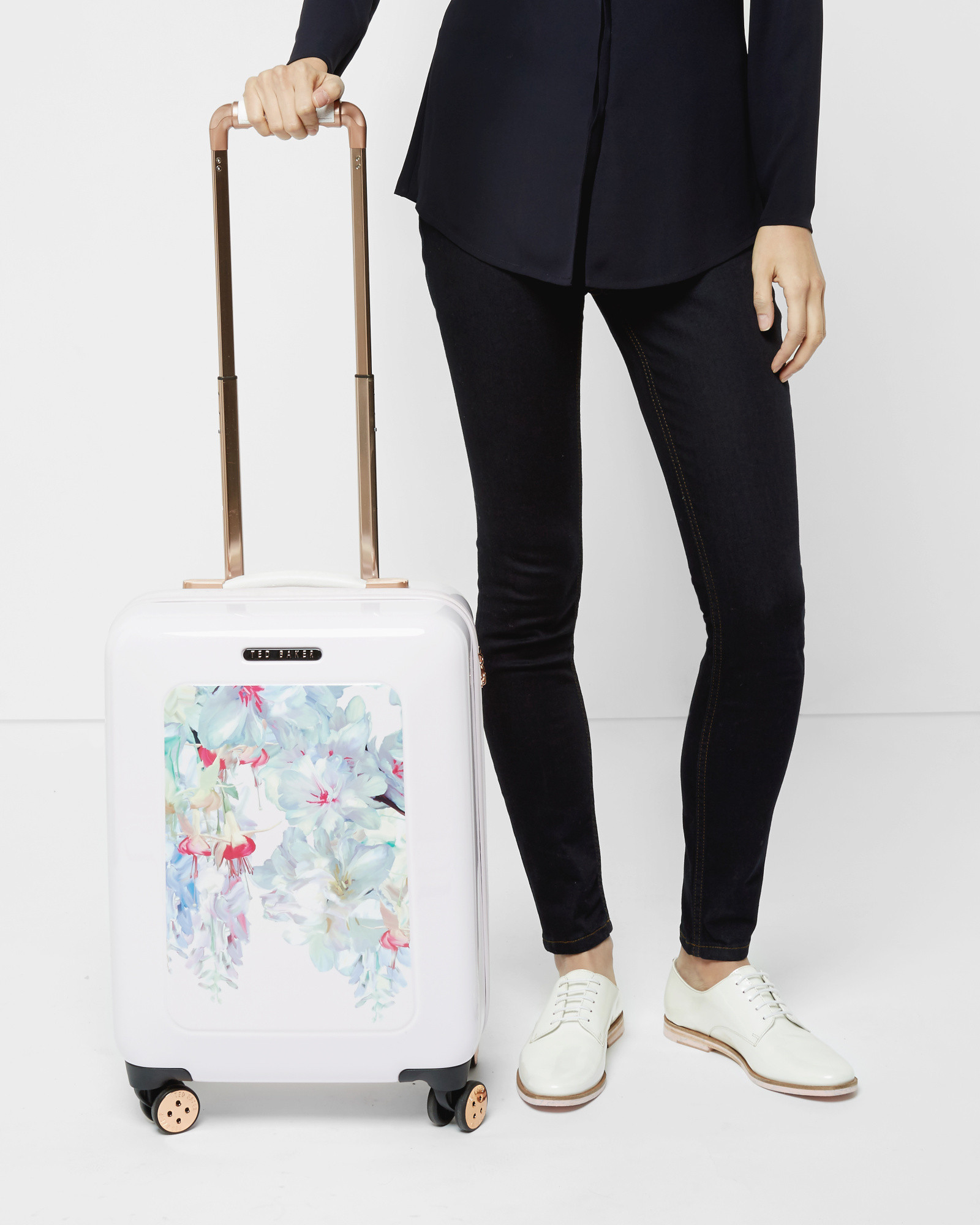 af7e2a9c1f5f3 Ted Baker Hanging Gardens Small Suitcase in Pink - Lyst