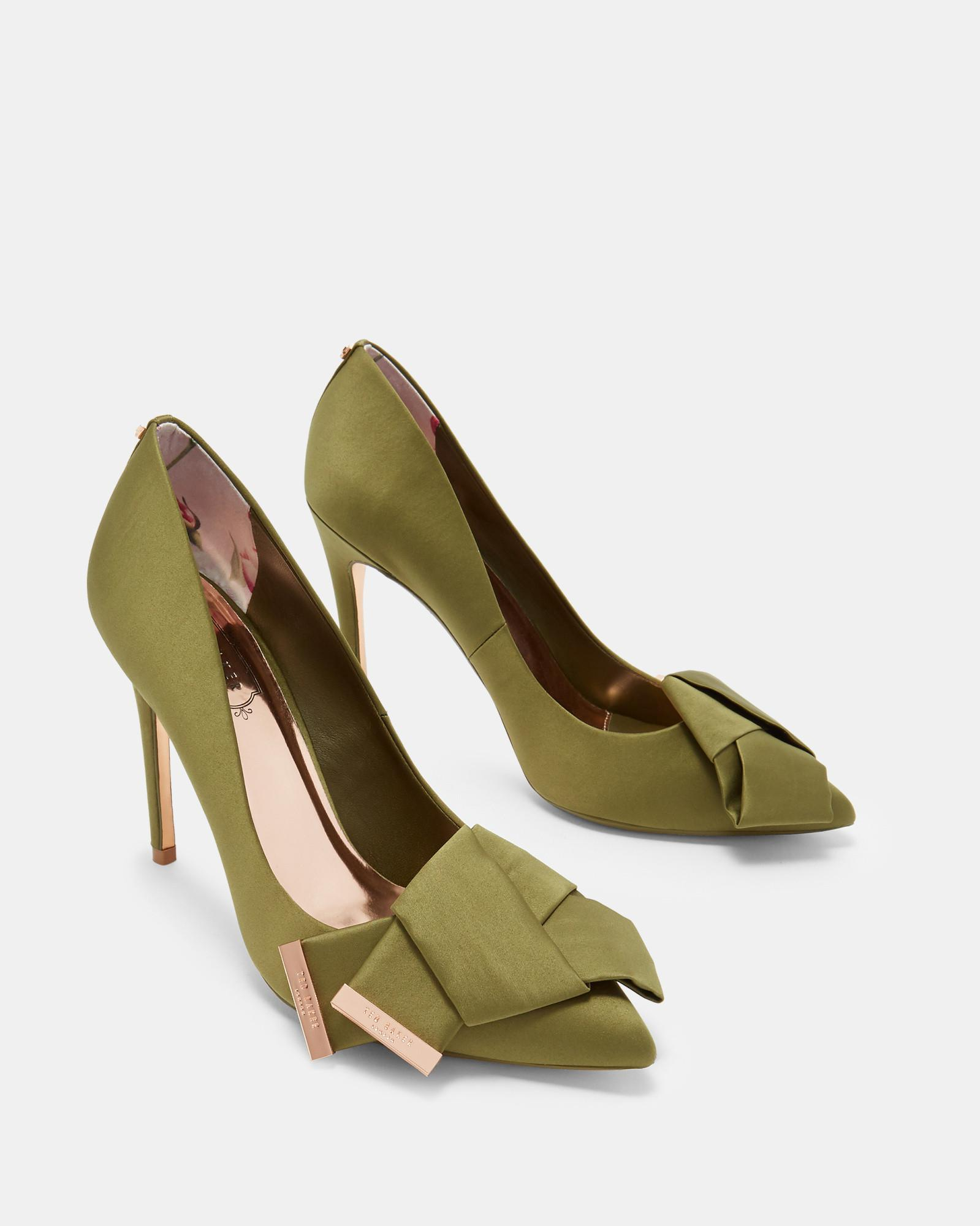 dc2eb98b7e2 Lyst - Ted Baker Knotted Bow Satin Courts in Green