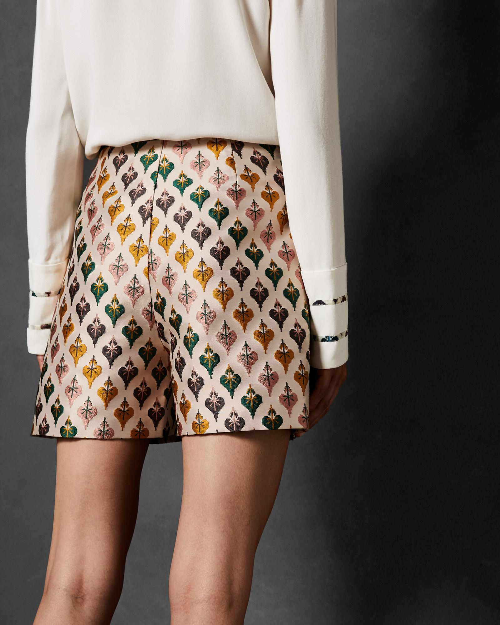 f6e710e64bfe9 Ted Baker Colour By Numbers Tedda Heart Jacquard Shorts in White - Lyst