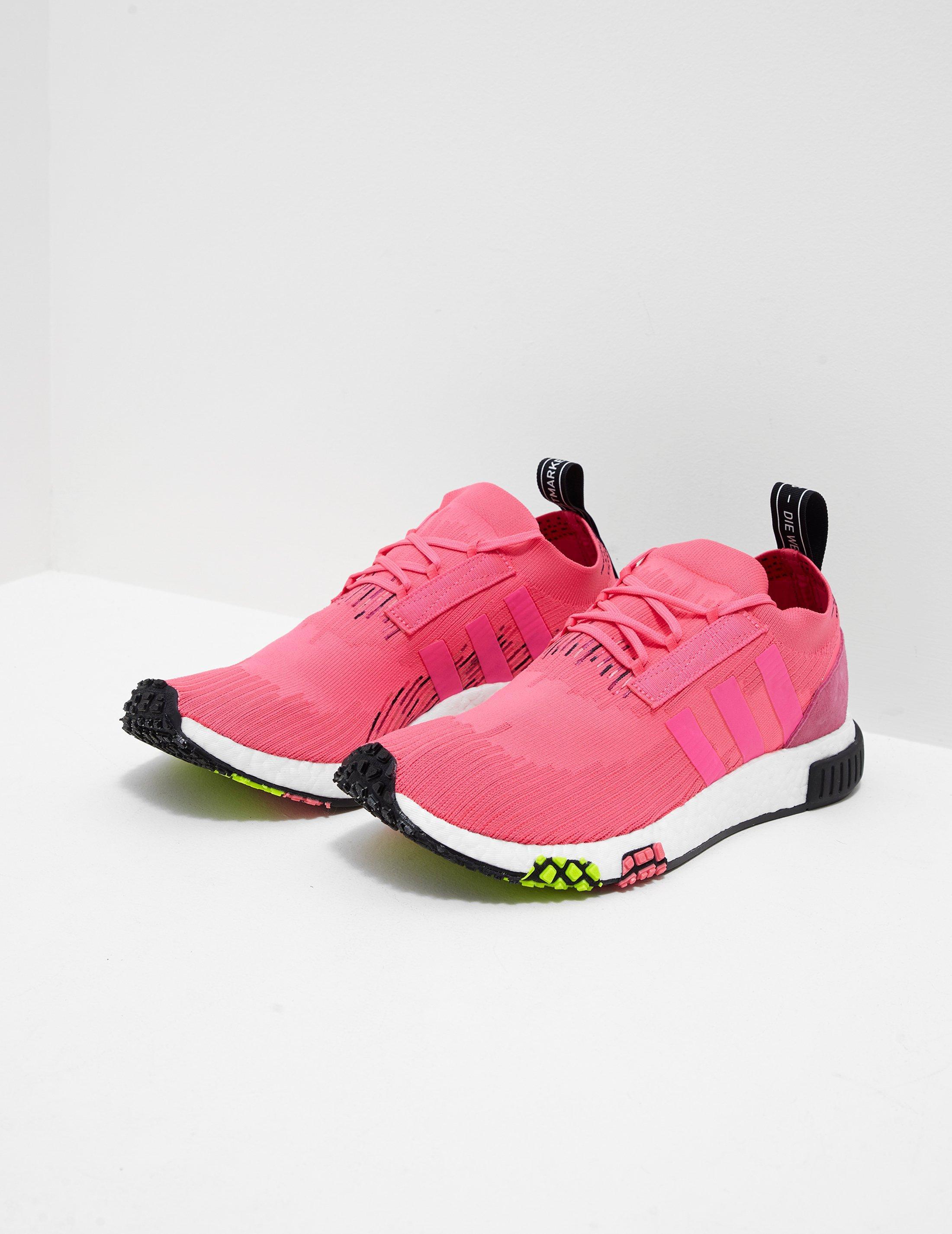 adidas originali mens nmd racer primeknit rosa in rosa per gli uomini.