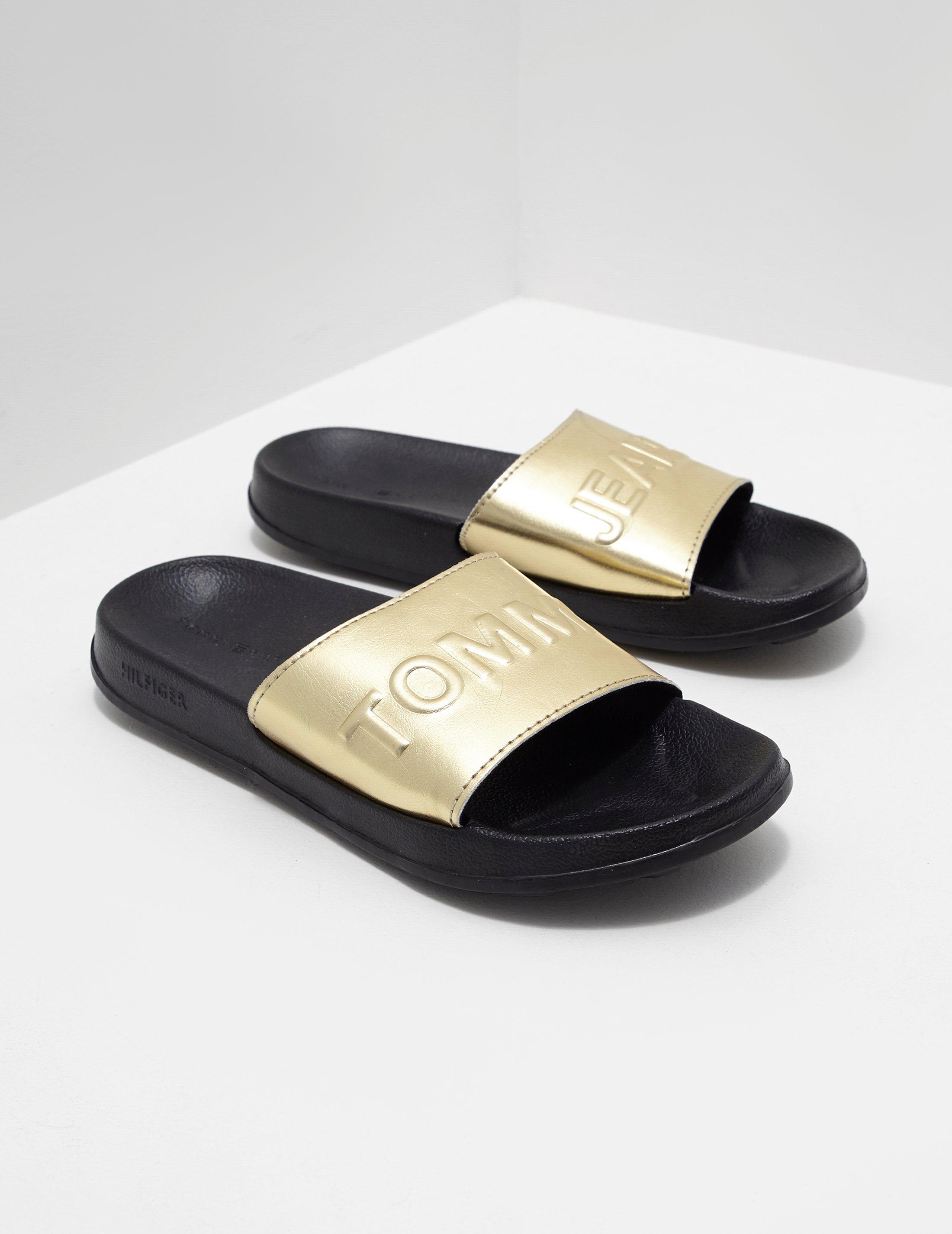 3af175d77 Lyst - Tommy Hilfiger Womens Metallic Pool Slides Gold in Metallic