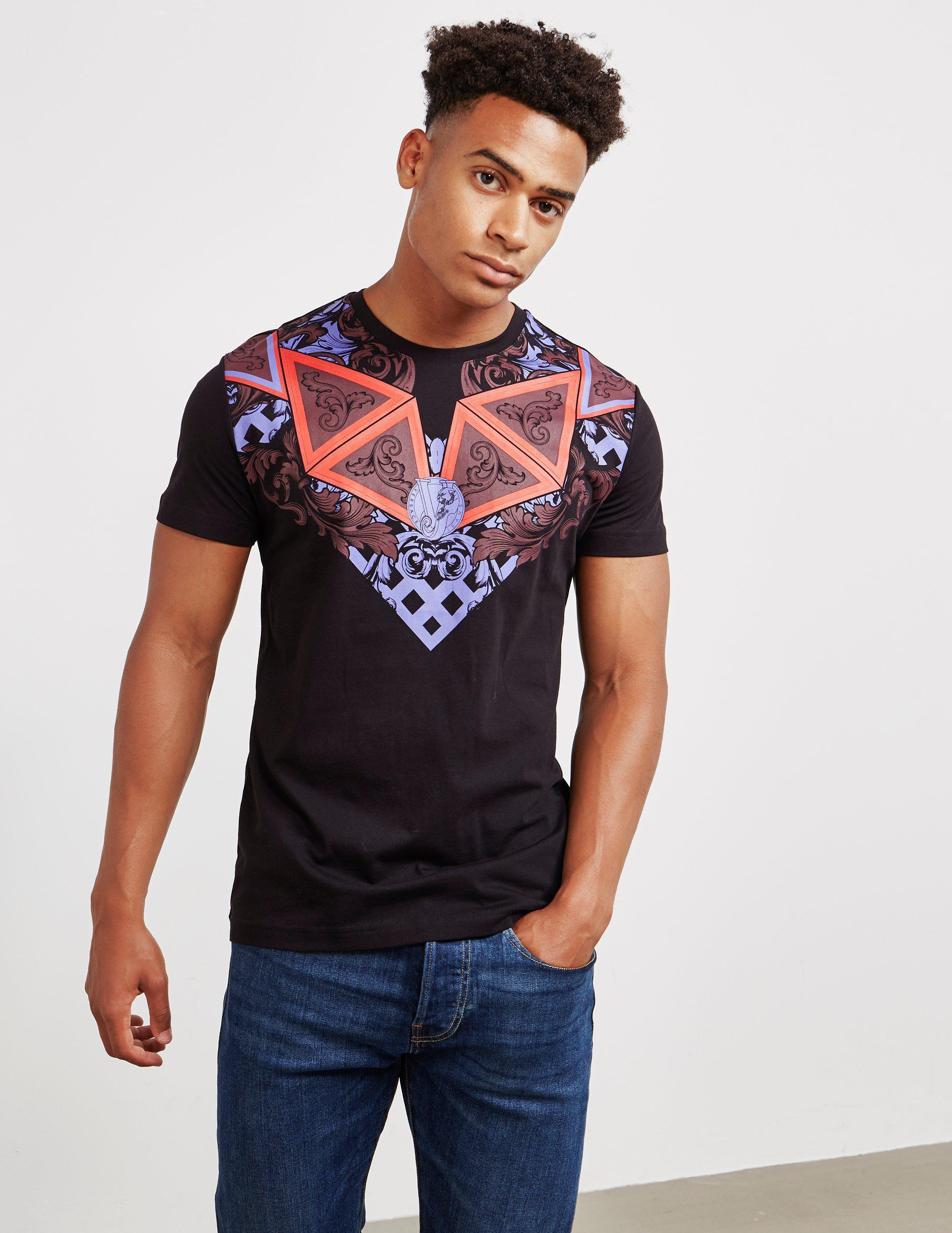 52e9cd035148 Gallery. Previously sold at  Tessuti UK · Men s Nike College Men s Logo T  Shirts ...